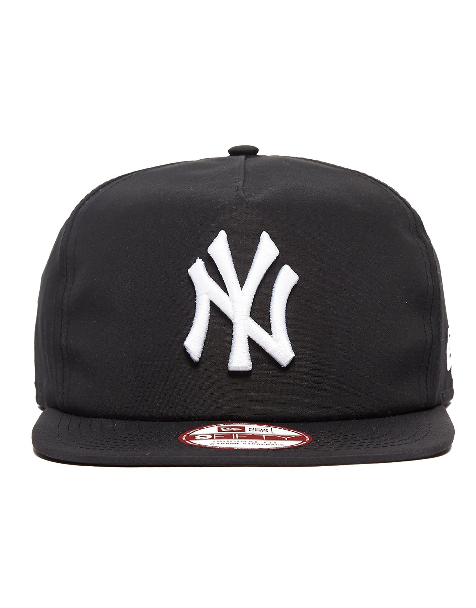 New Era MLB New York Yankees 9FIFTY Remix Snapback Cap