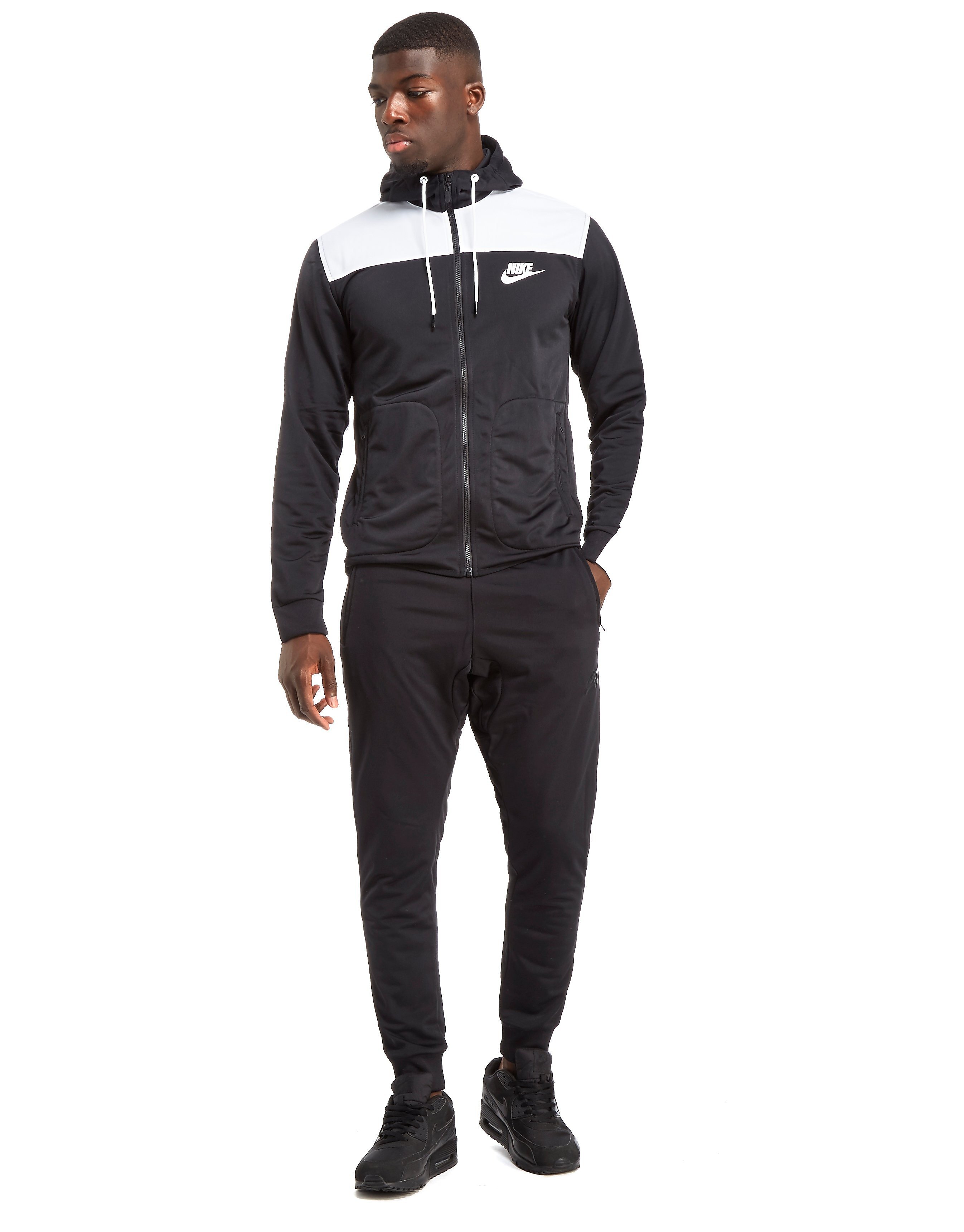 Nike Advance Suit