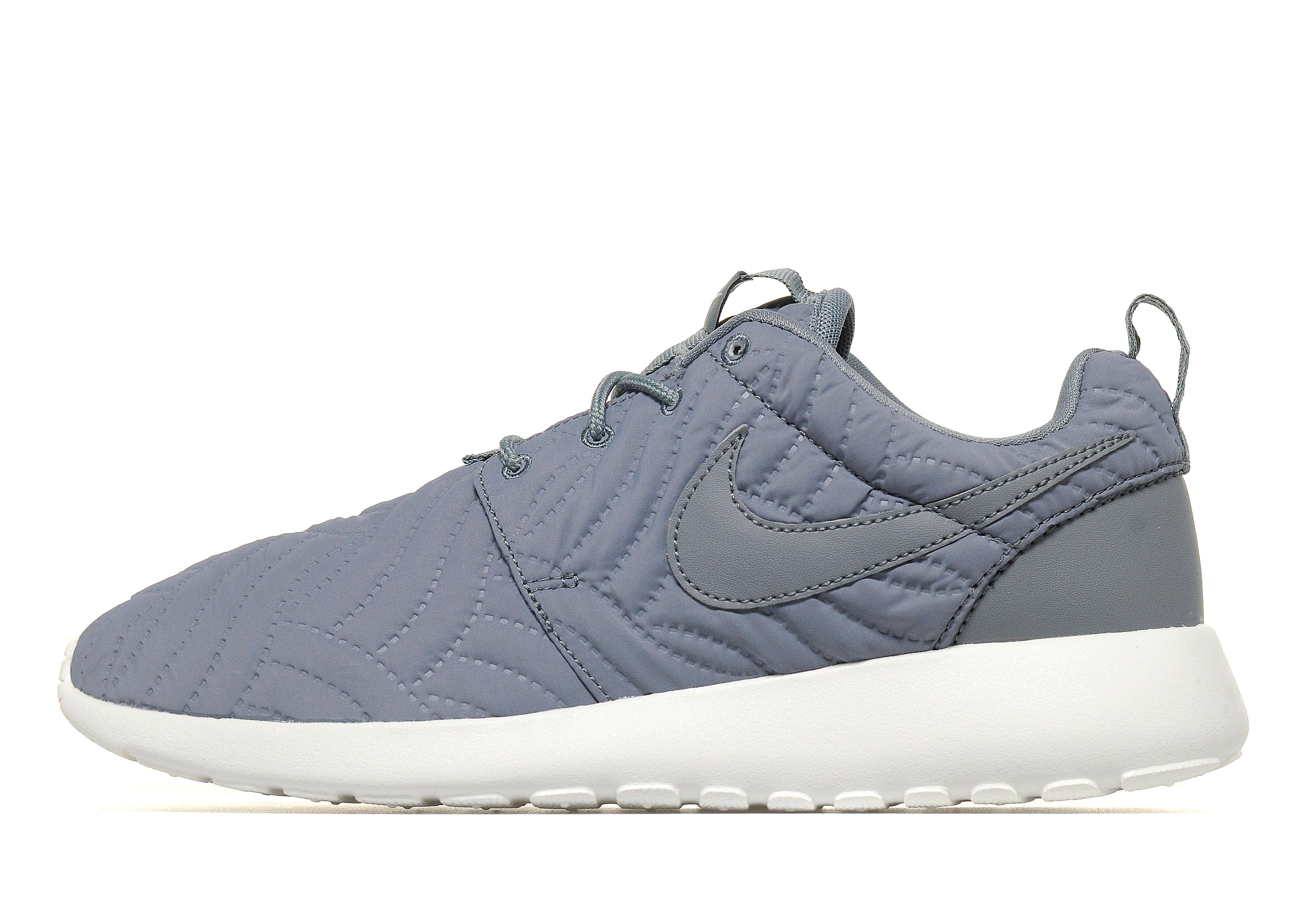 Nike Roshe Premium Women's