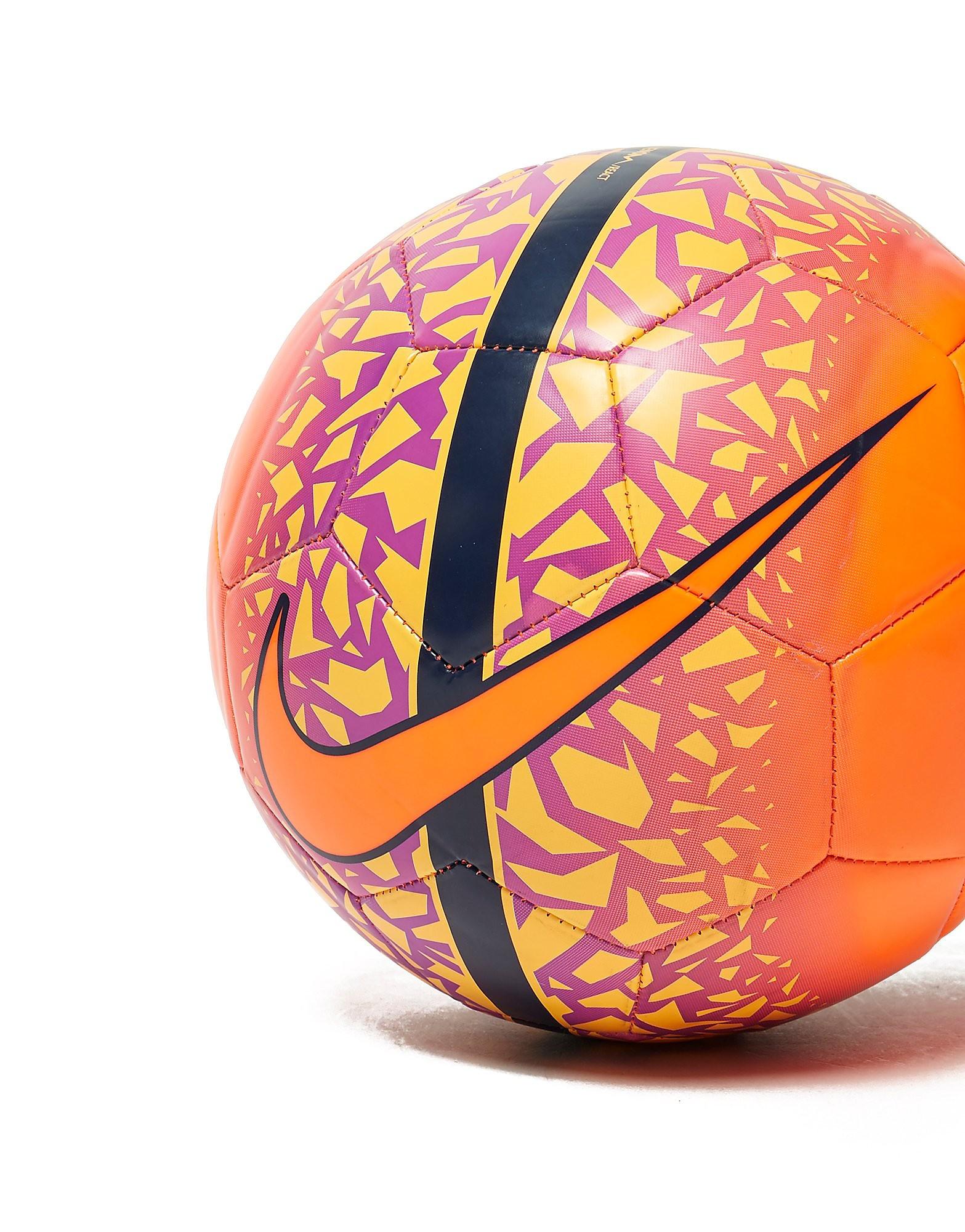 Nike React Football