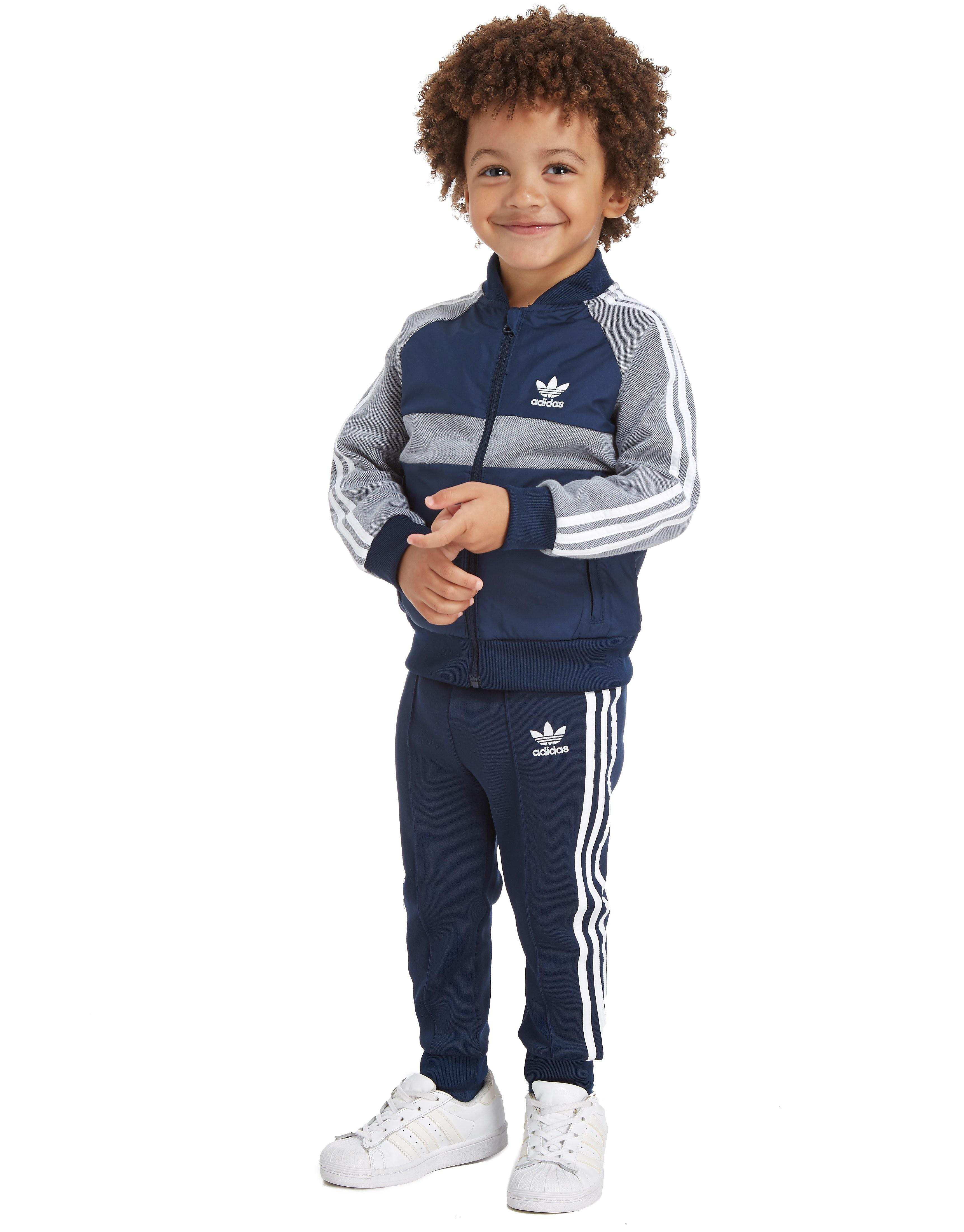 adidas Originals Superstar Trainingsanzug aus Webmaterial für Kleinkinder