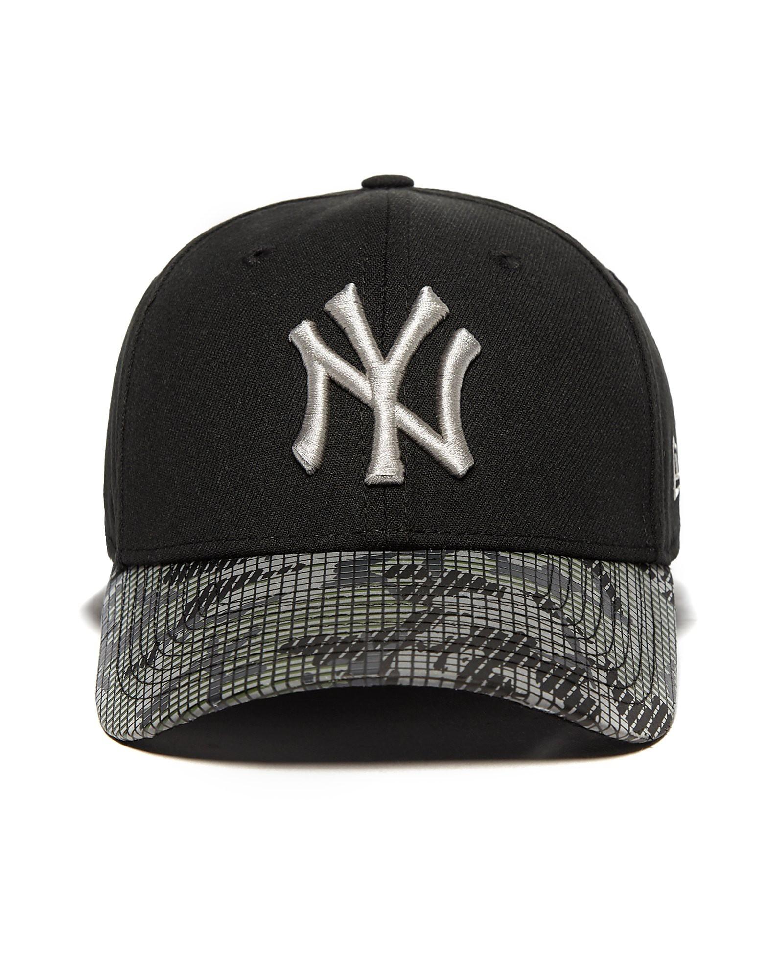 New Era MLB New York Yankees Reflect Cap