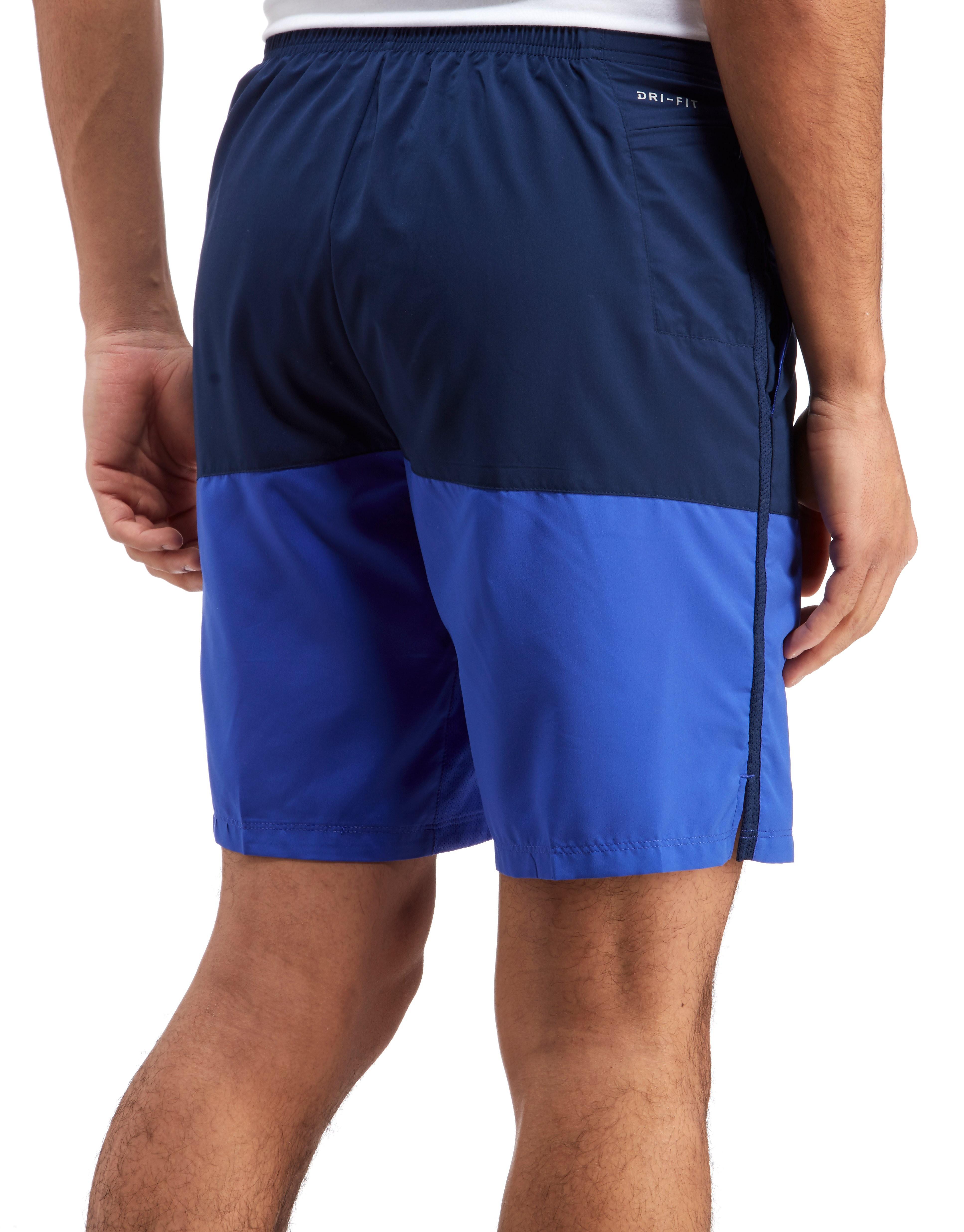 "Nike 9"" Distance shorts"