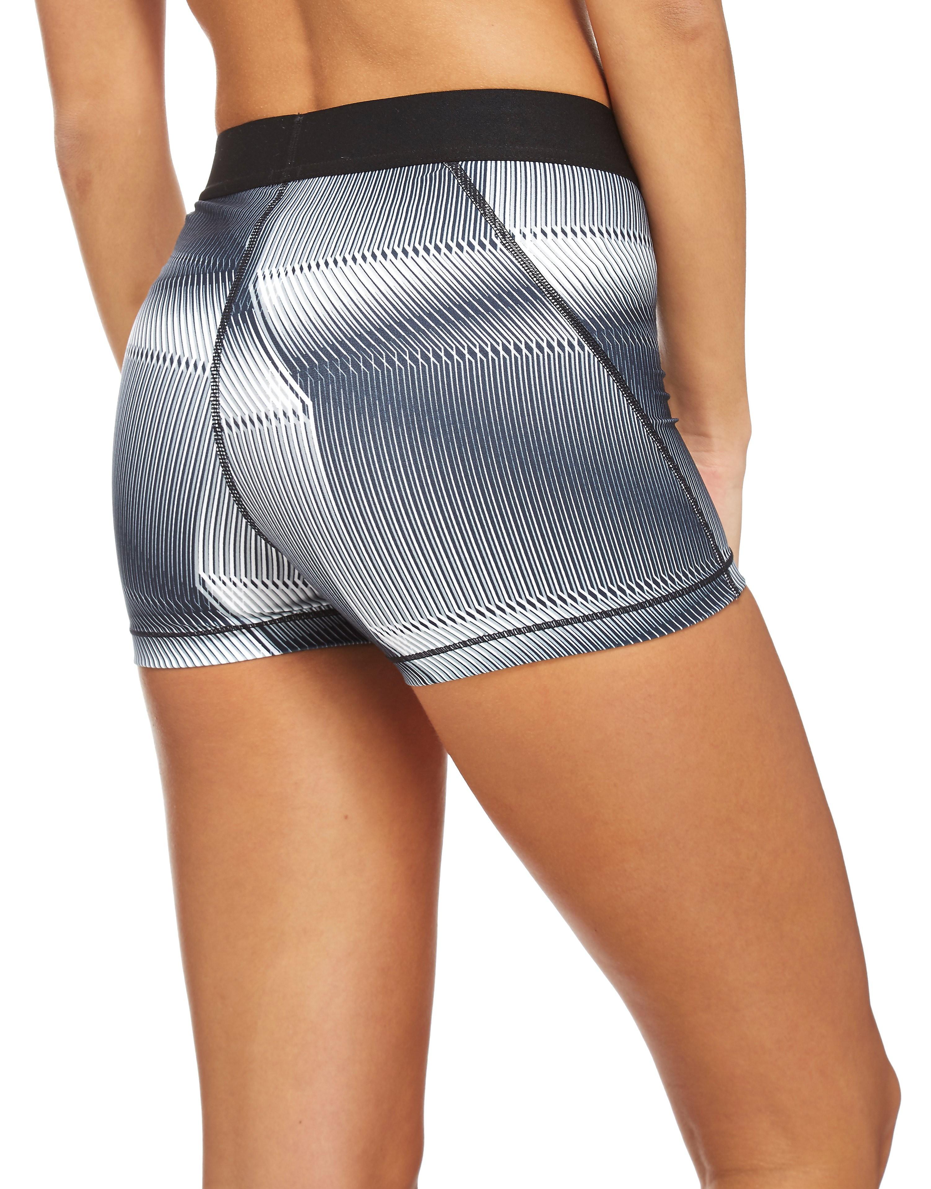 "Nike Pyramind 3"" Shorts"