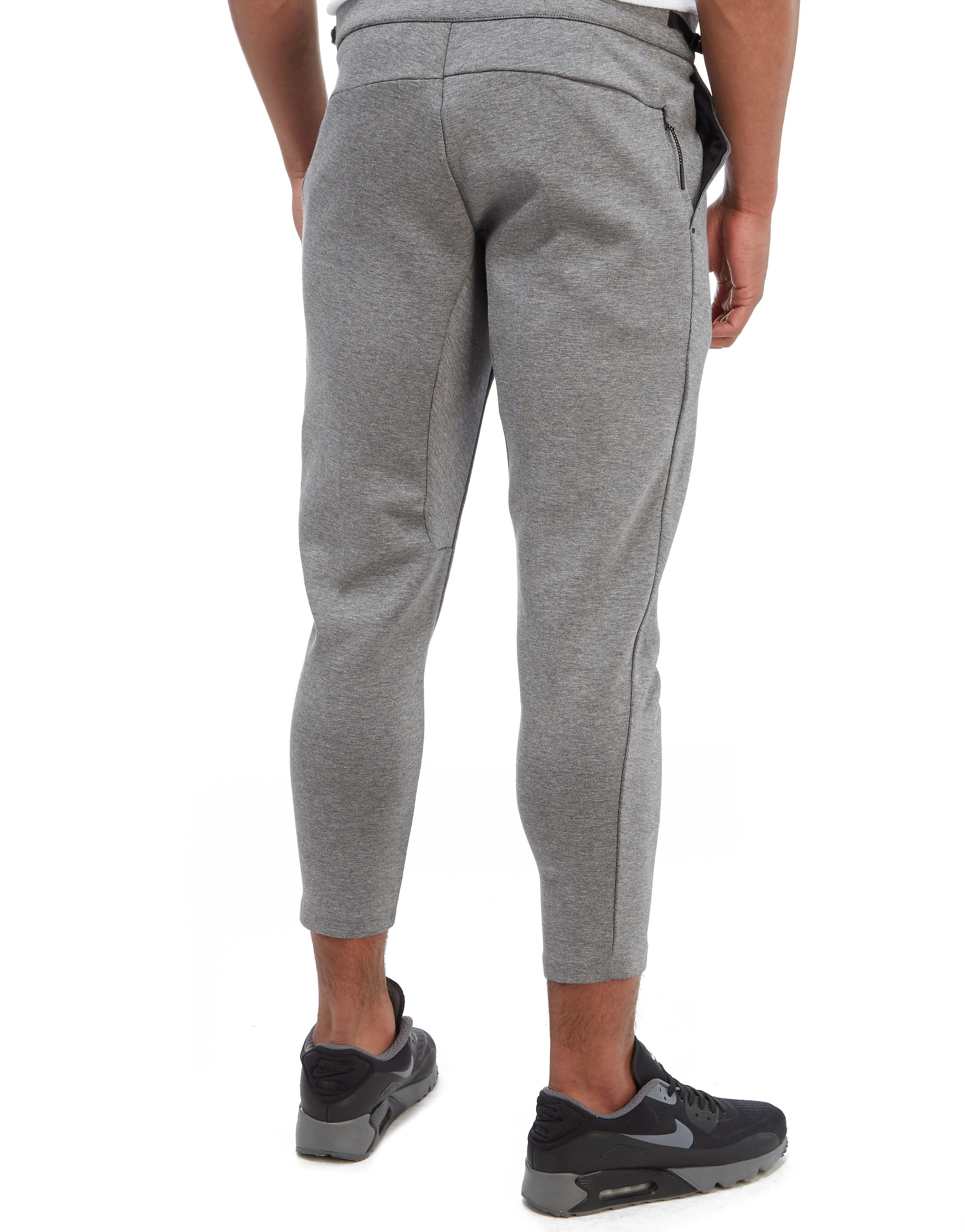 Nike Tech Mesh Cropped Pants