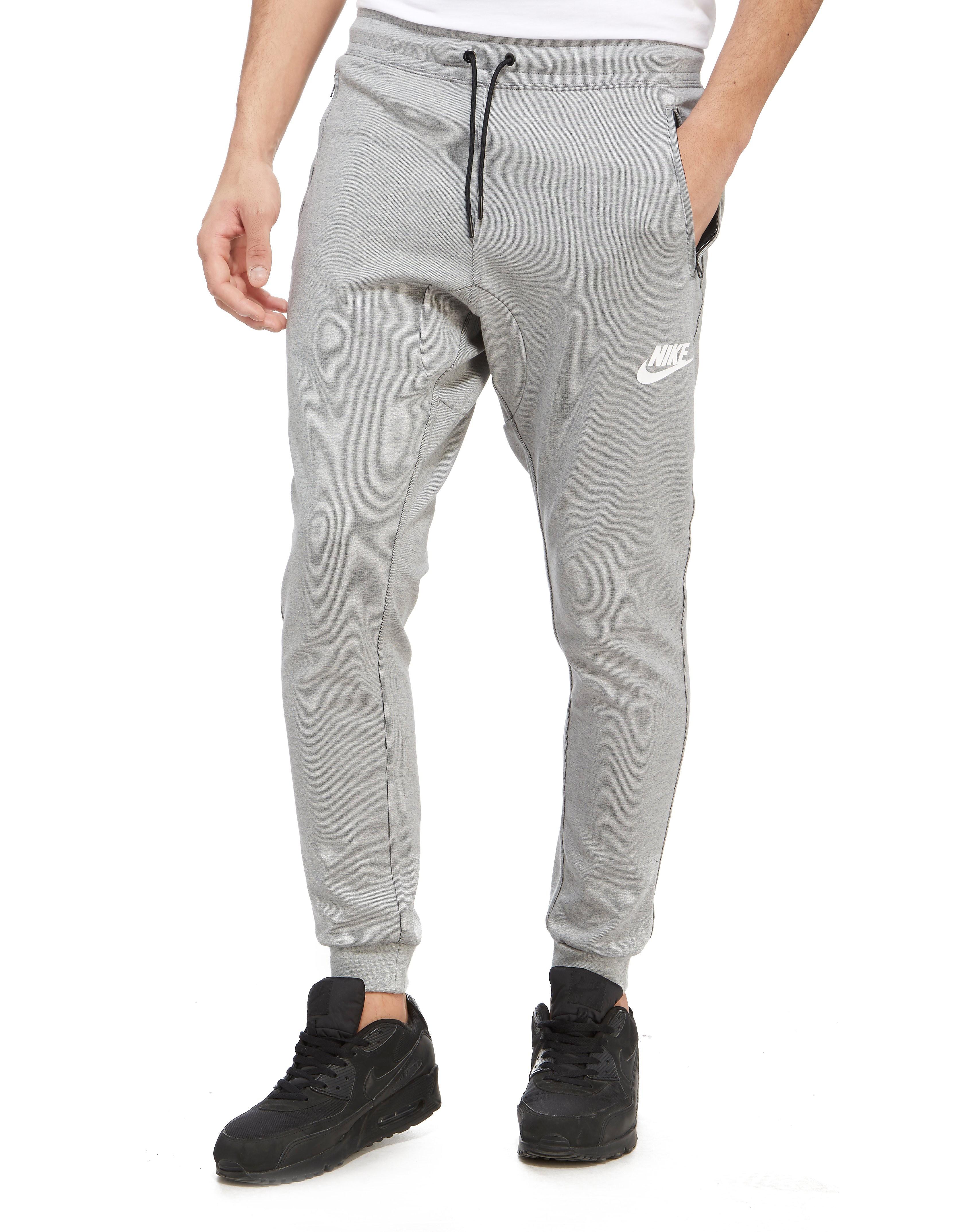 Nike ADV Joggers