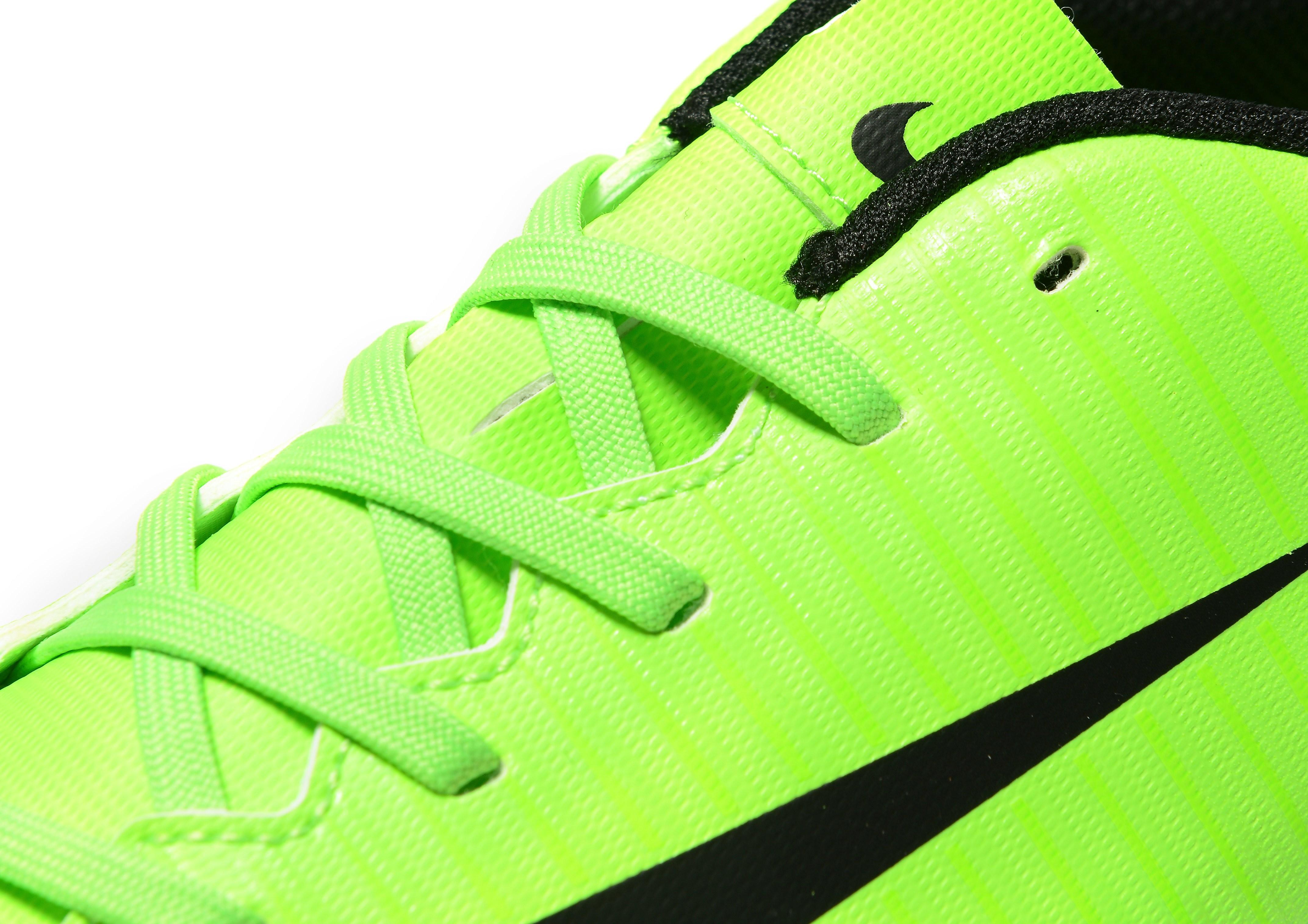 Nike Radiation Flare Mercurial Vortex III Turf