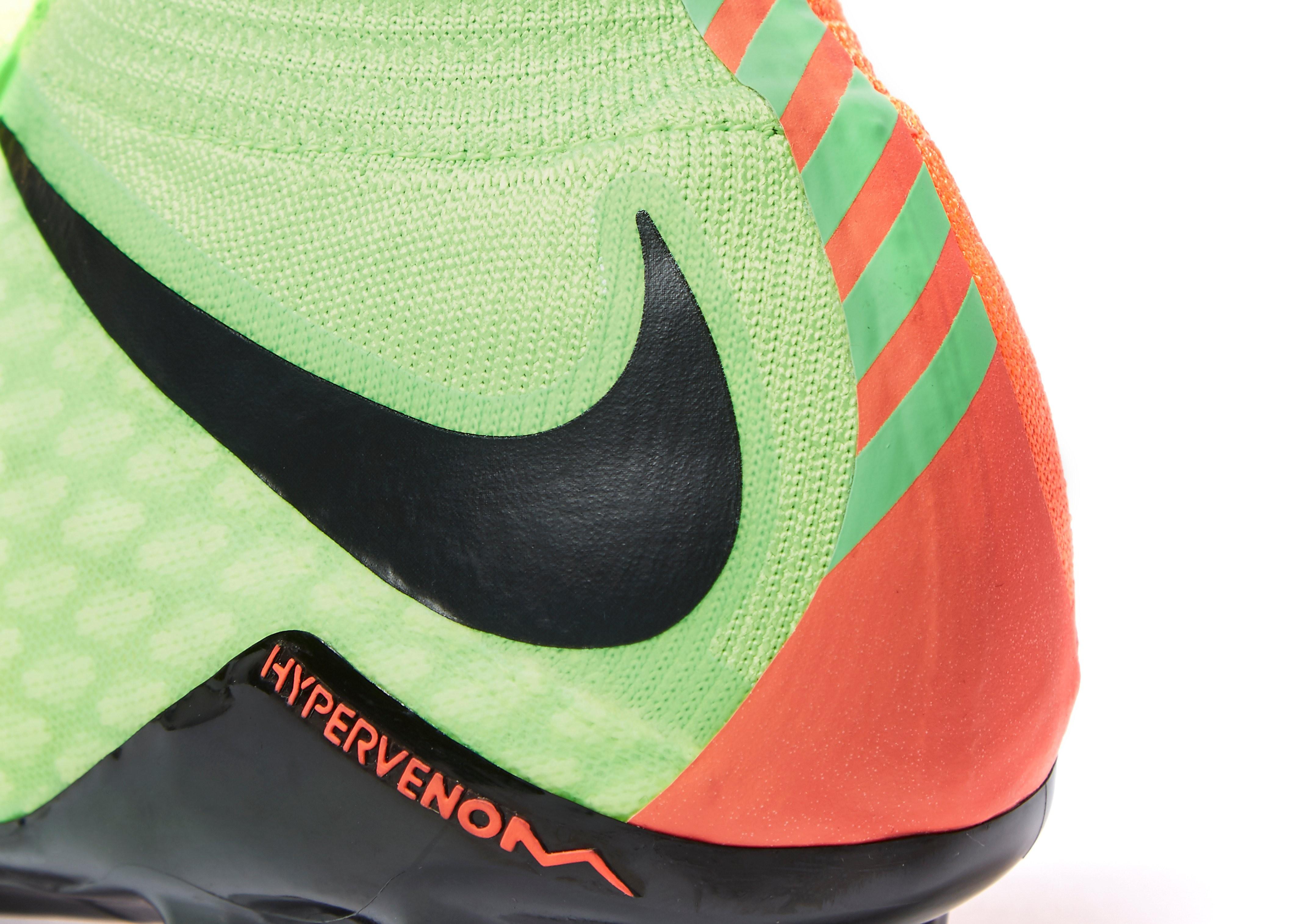 Nike Radiation Flare Hypervenom Phatal III FG