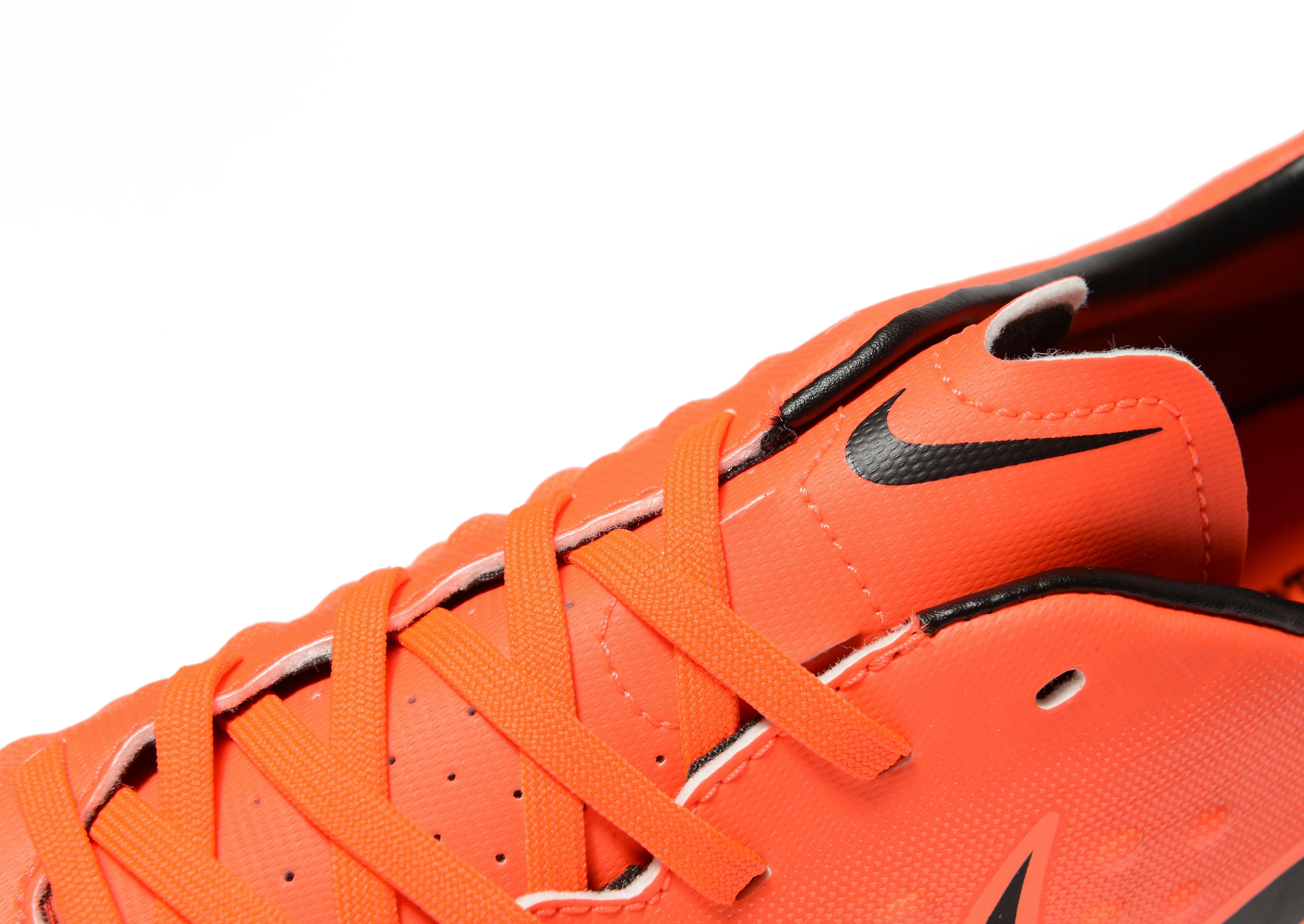 Nike Radiation Flare Magista Onda II FG