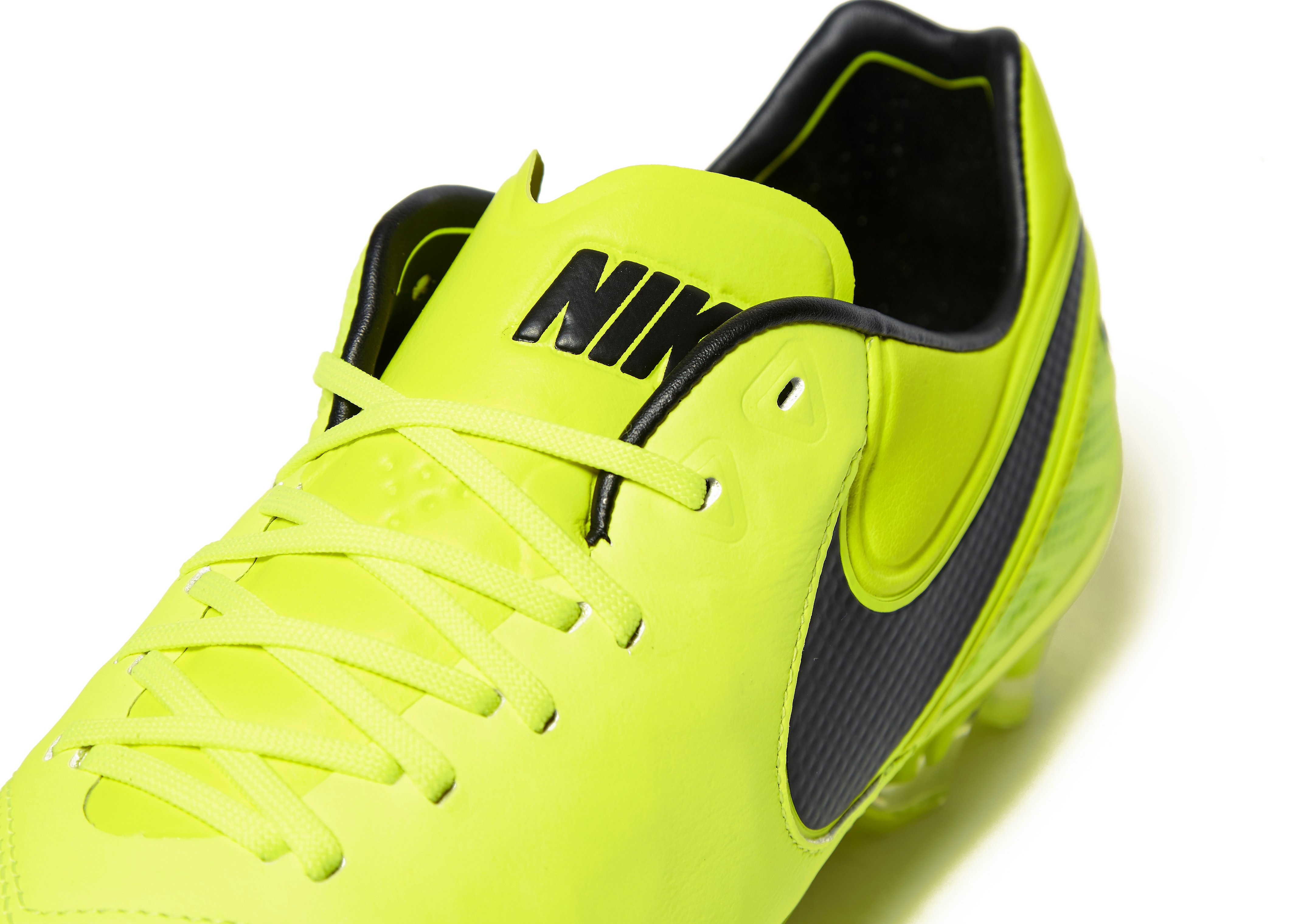 Nike Radiation Flare Tiempo Legend VI FG