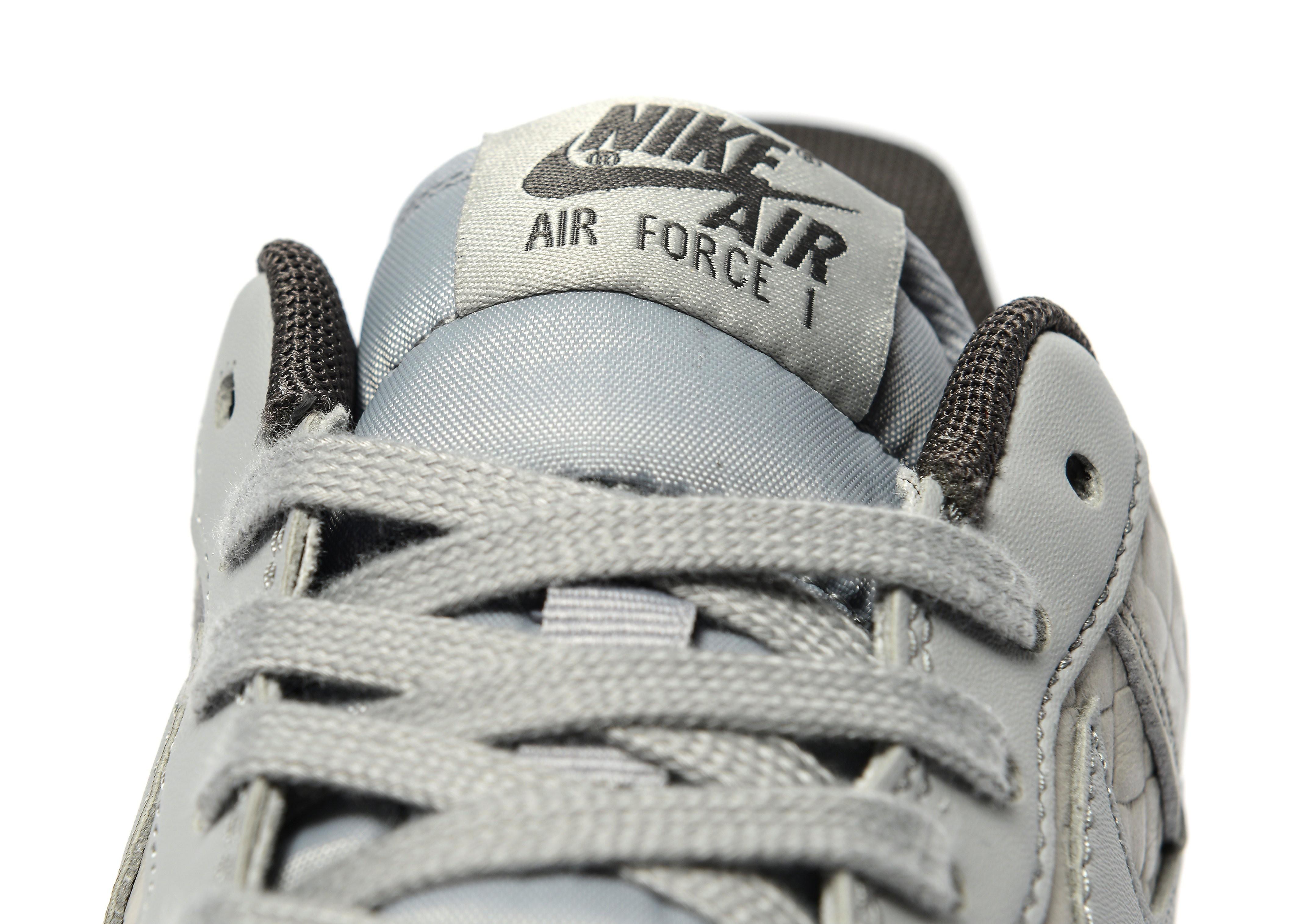 Nike Air Force 1 07 Premium für Damen