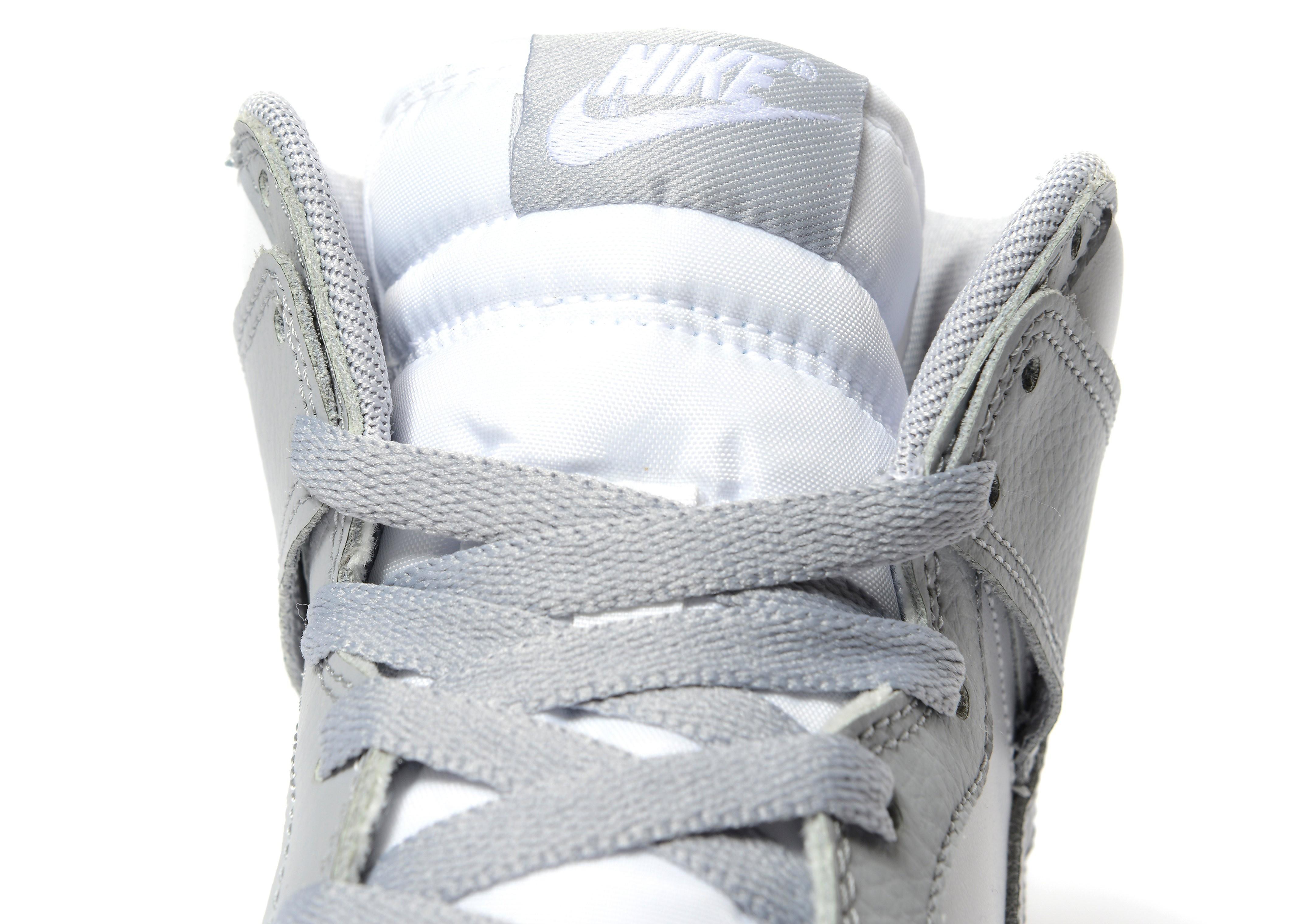 Nike Dunk Mid Women's