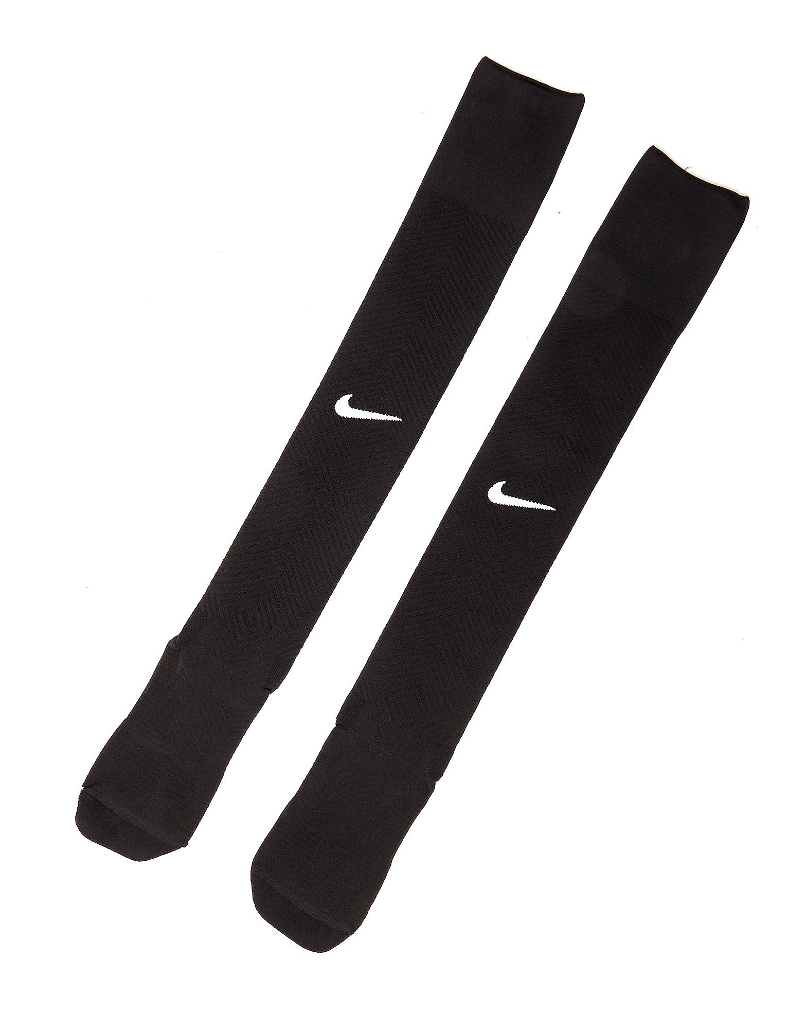 Nike GRIP STRIKE
