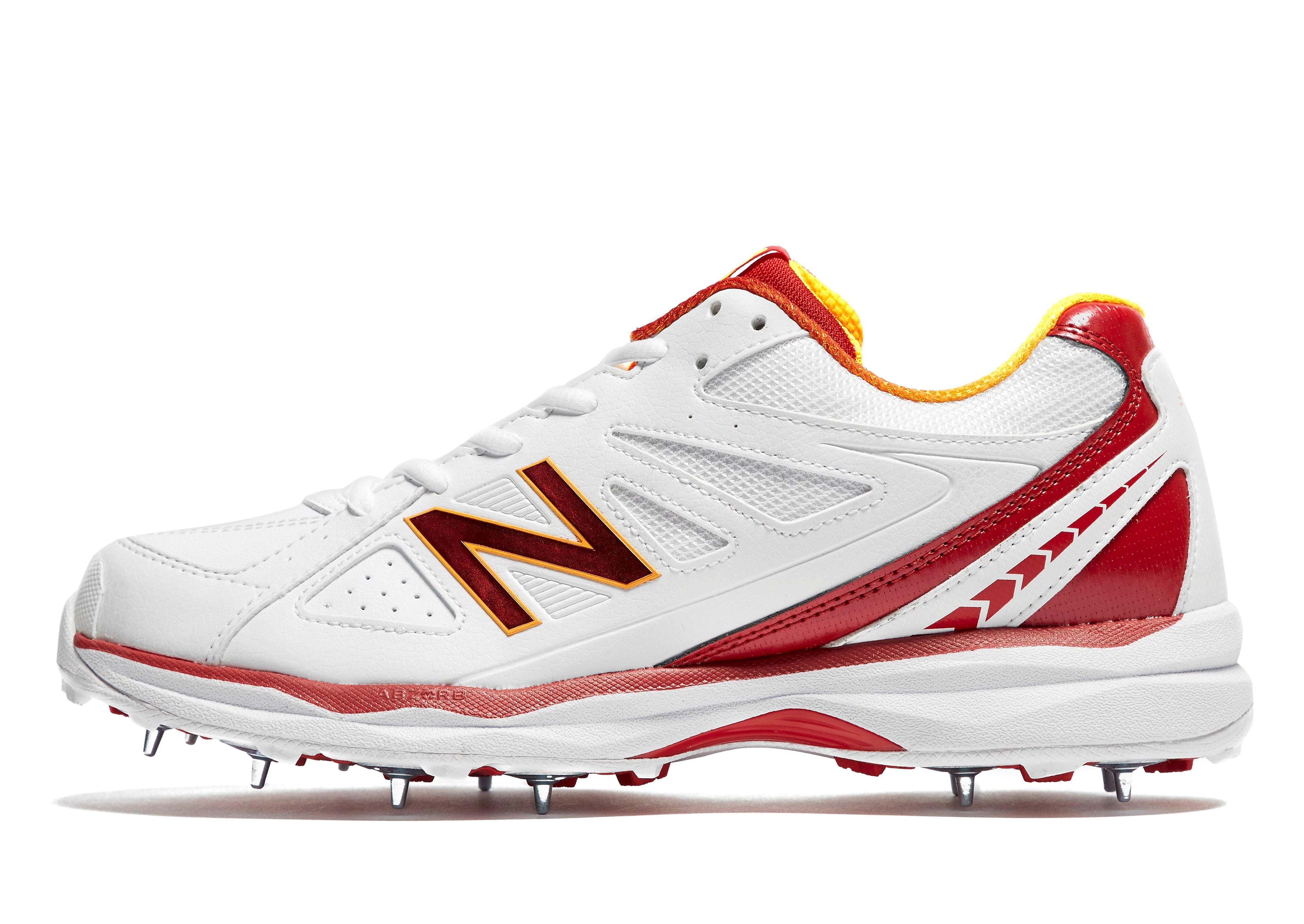 New Balance  4030v2 Men's Cricket Shoes