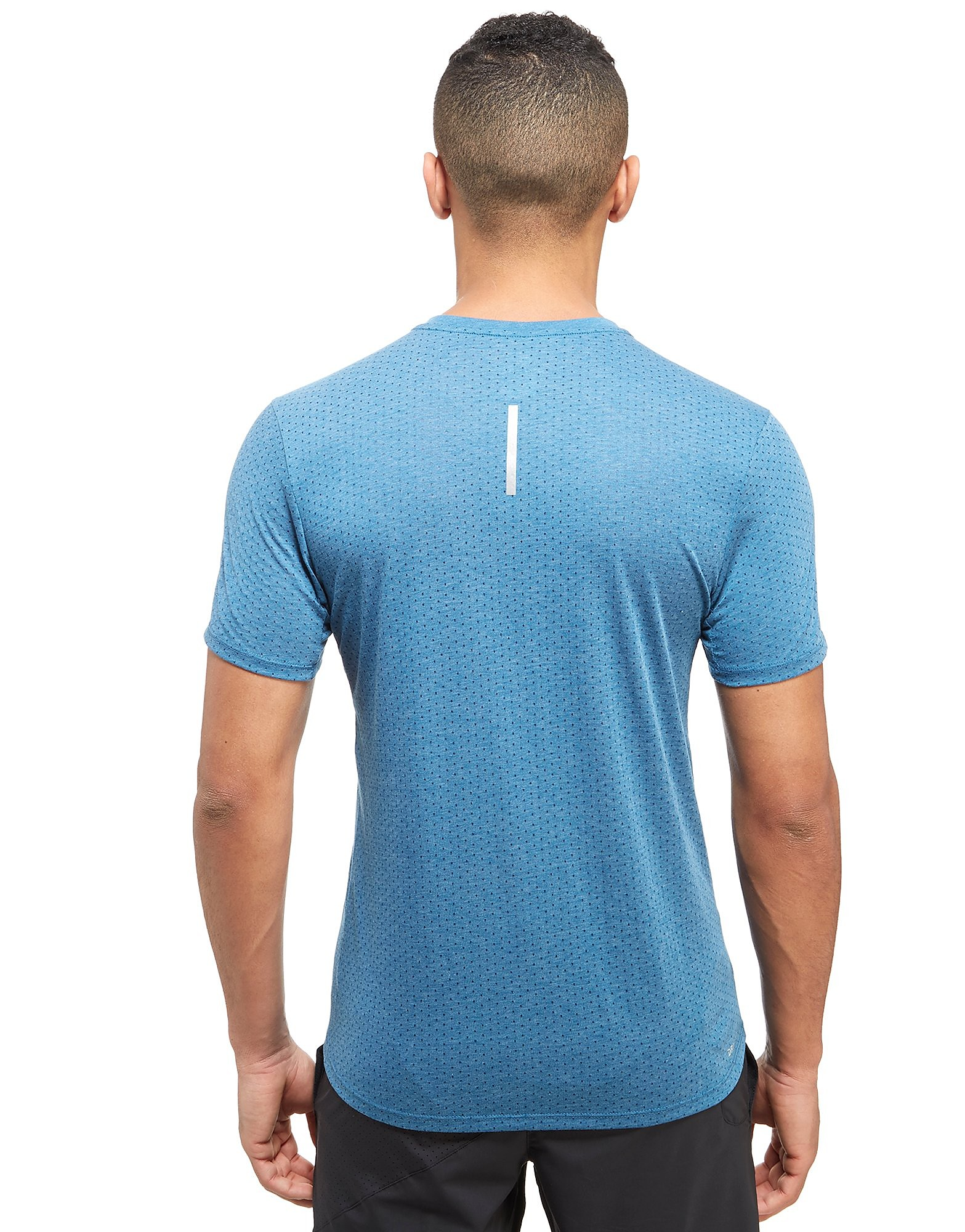Nike Camiseta Tailwind