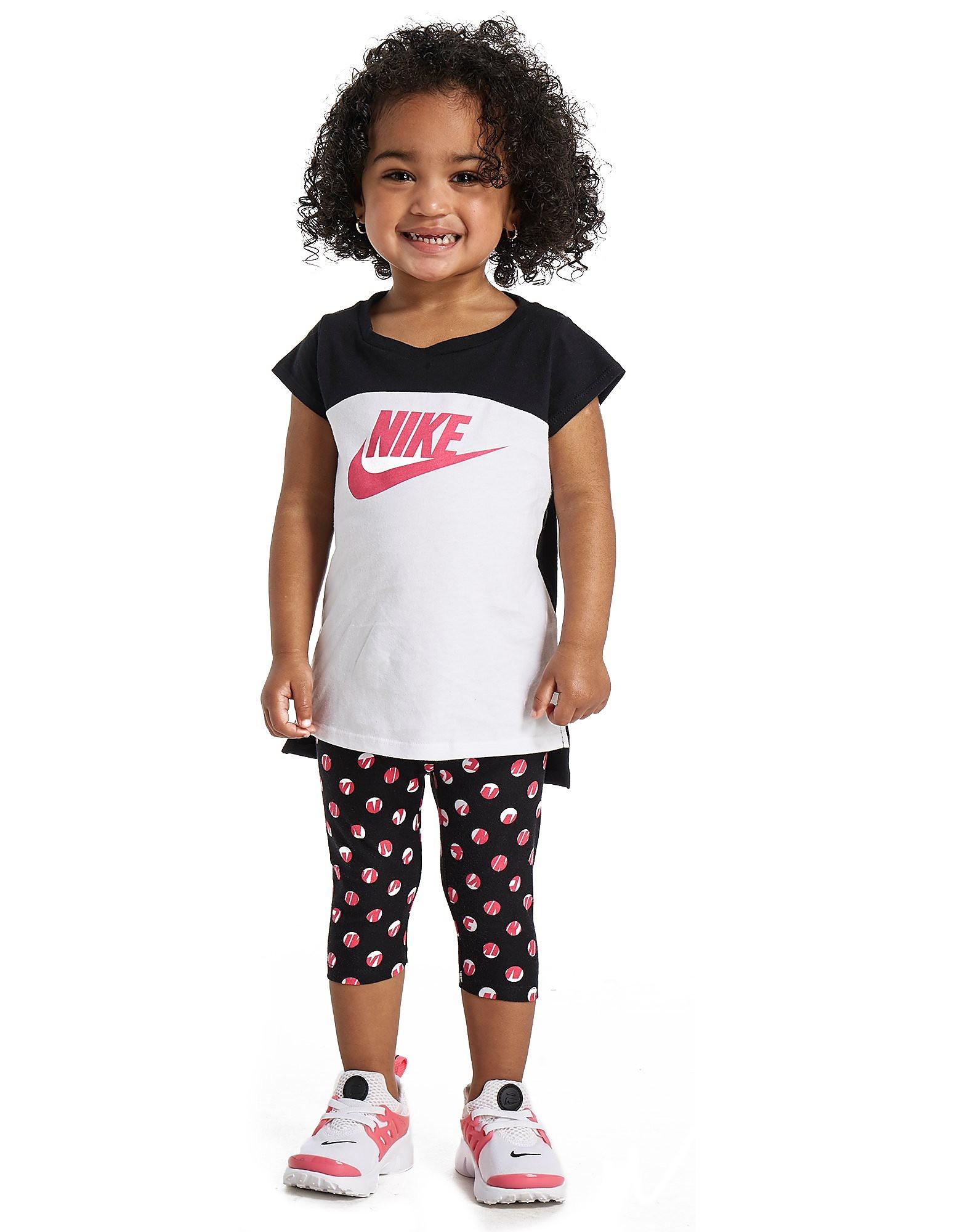 Nike conjunto de camiseta y leggings para bebé