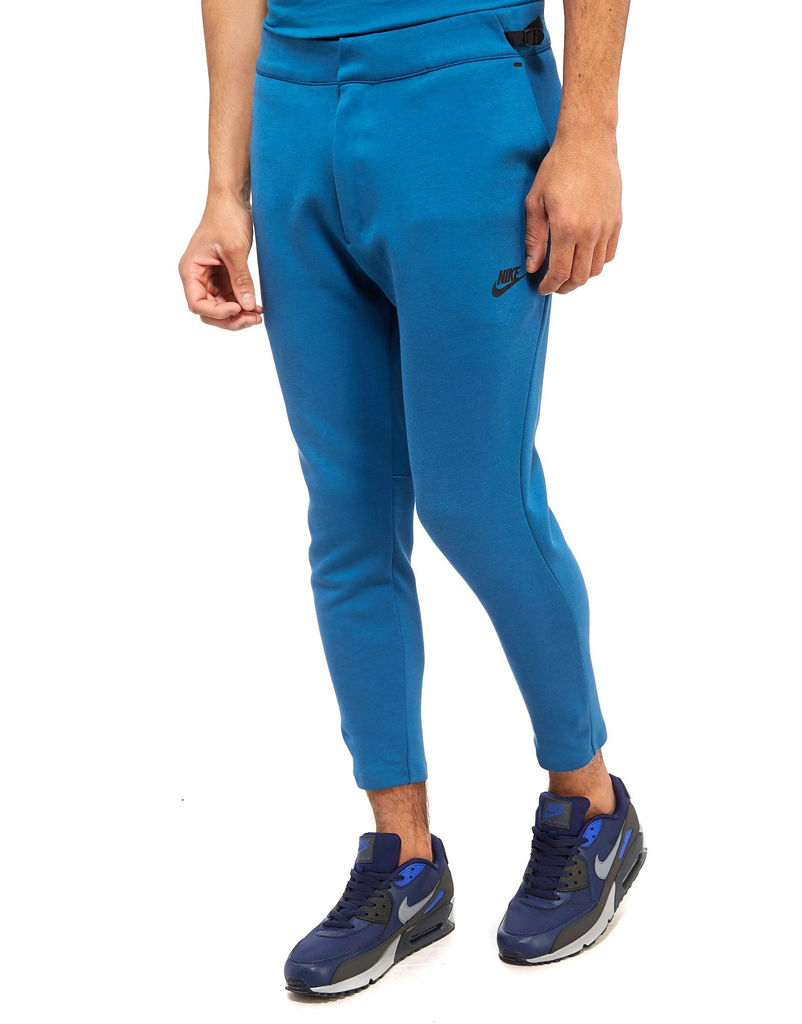 Nike Pantalones Tech Season Cropped