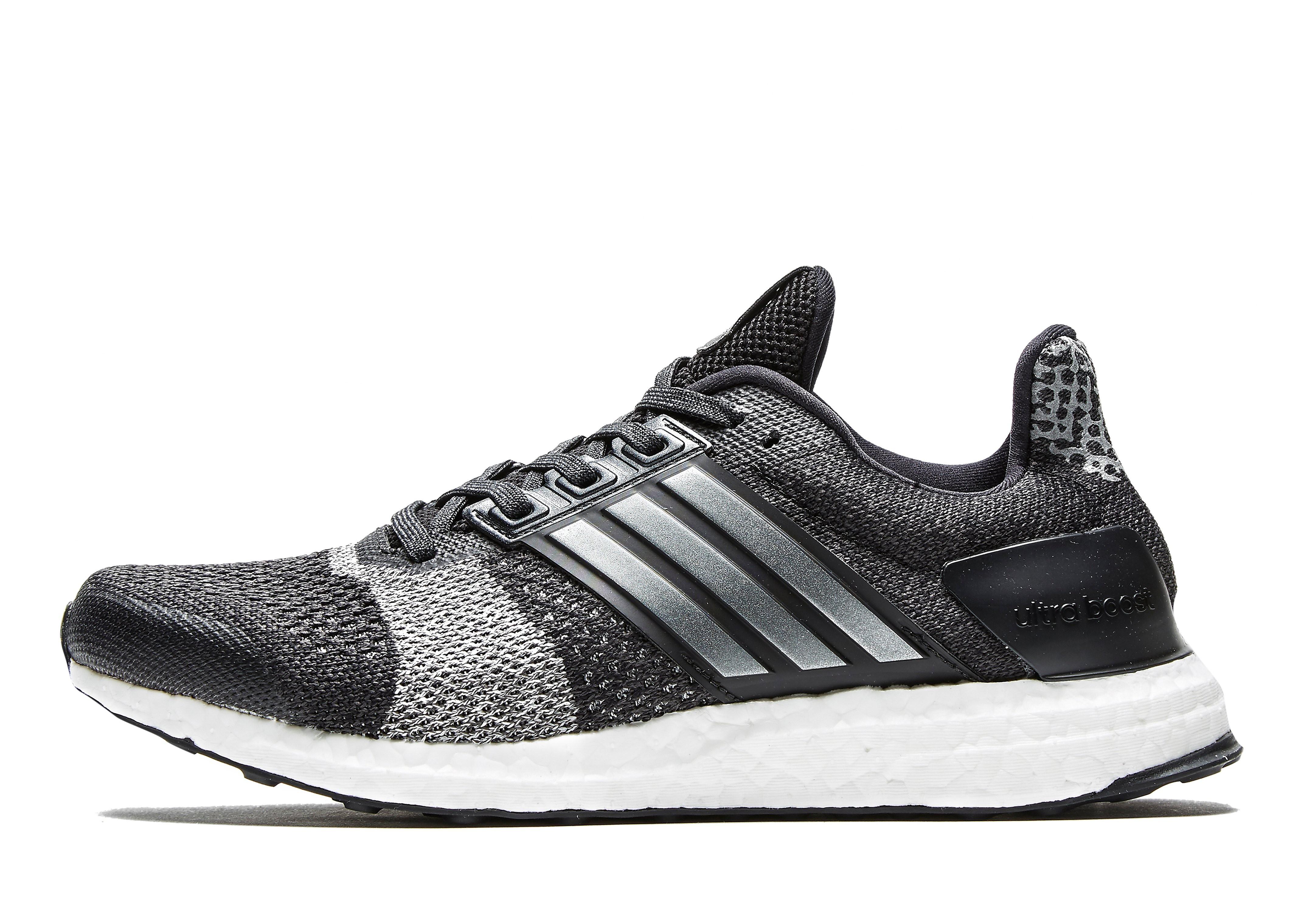 adidas Ultra Boost ST Men's Running Shoes