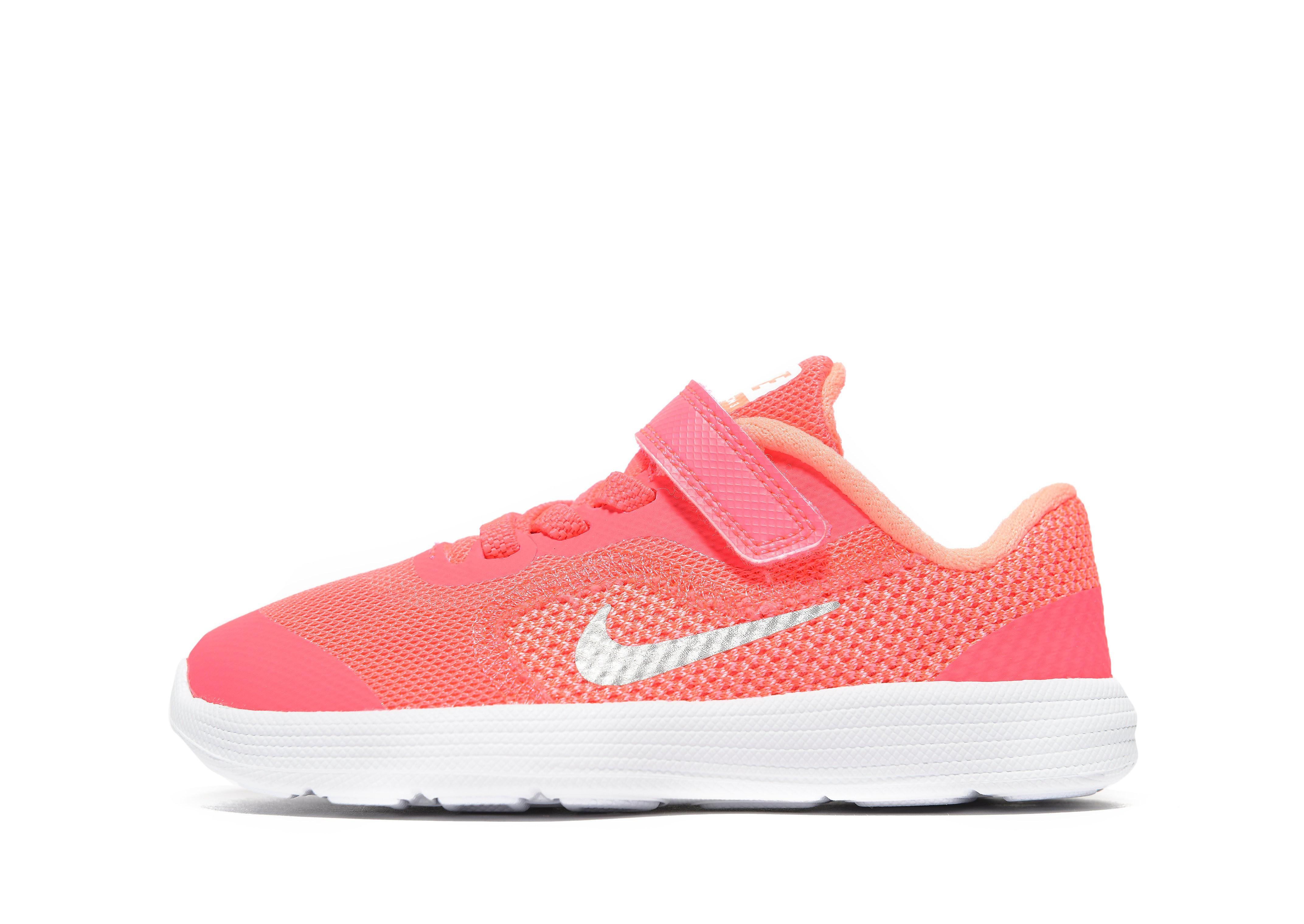 Nike Revolution 3 Baby