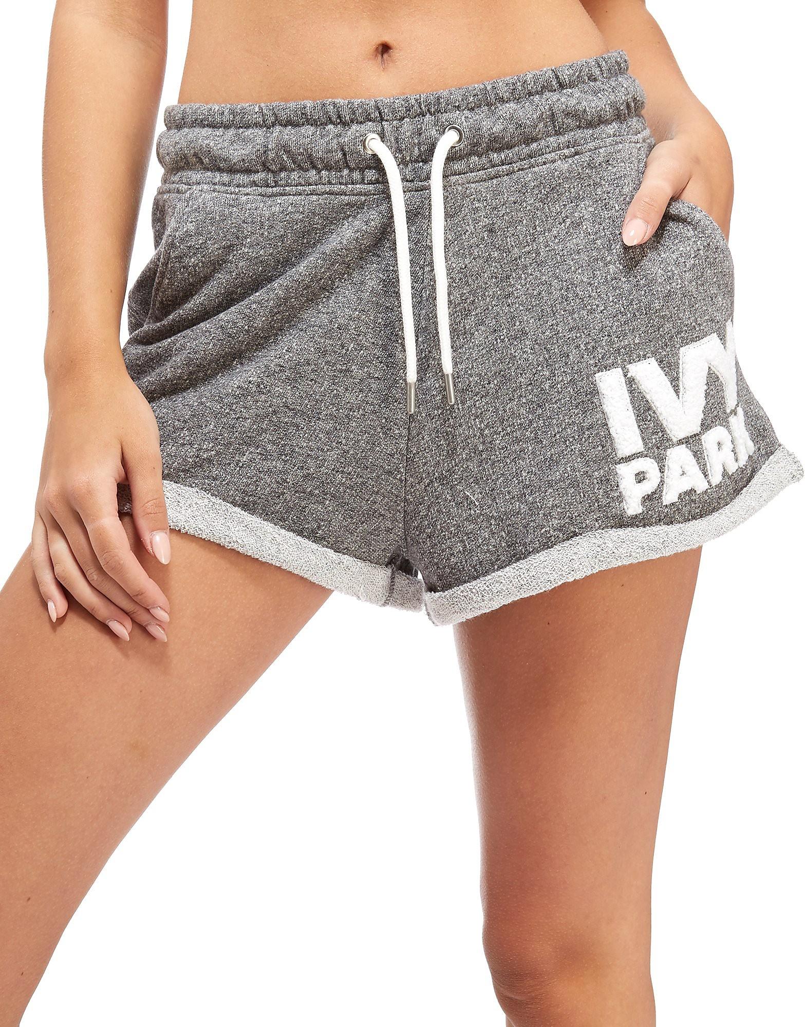 IVY PARK Chenile Shorts