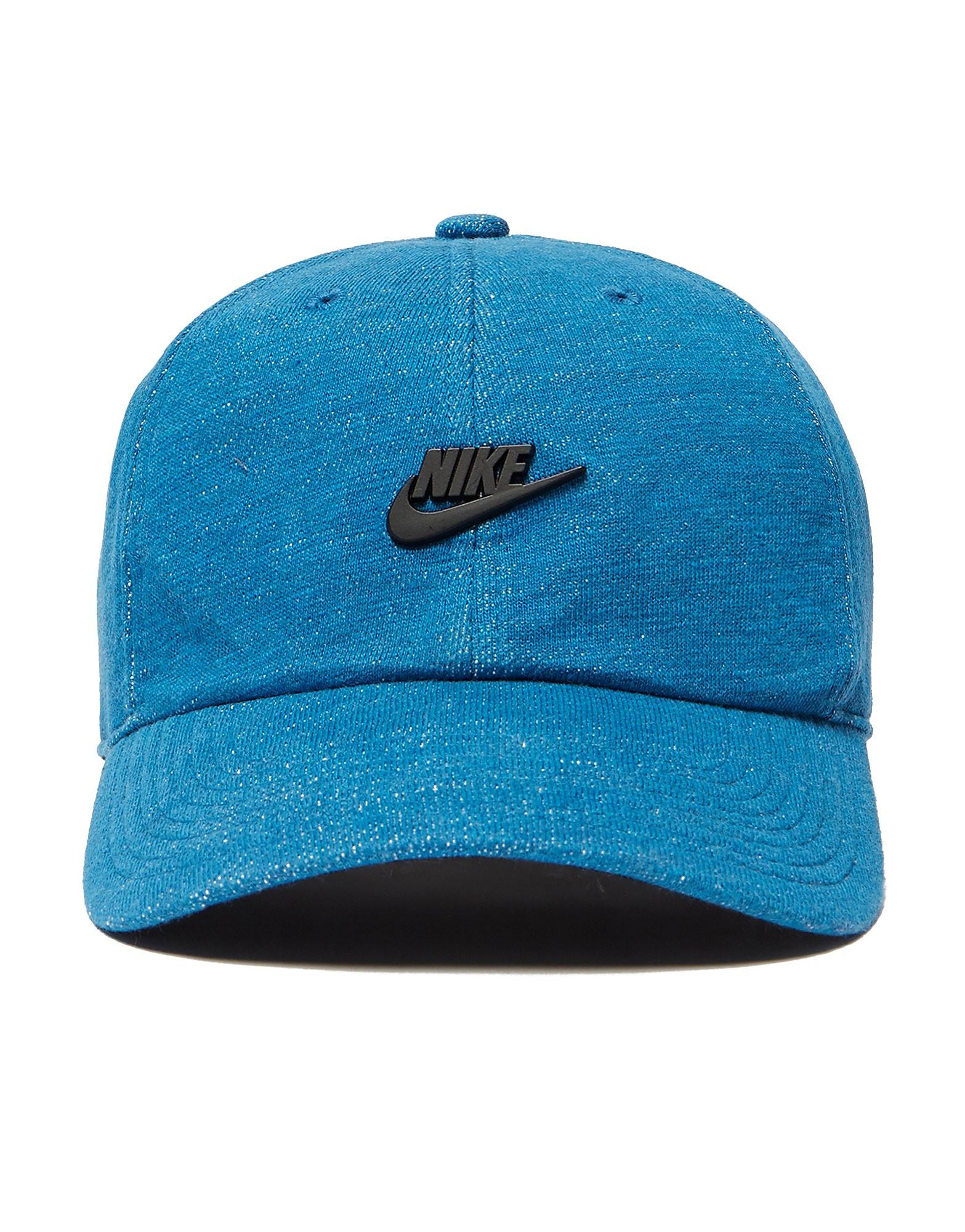 Nike H86 Metal Badge Cap