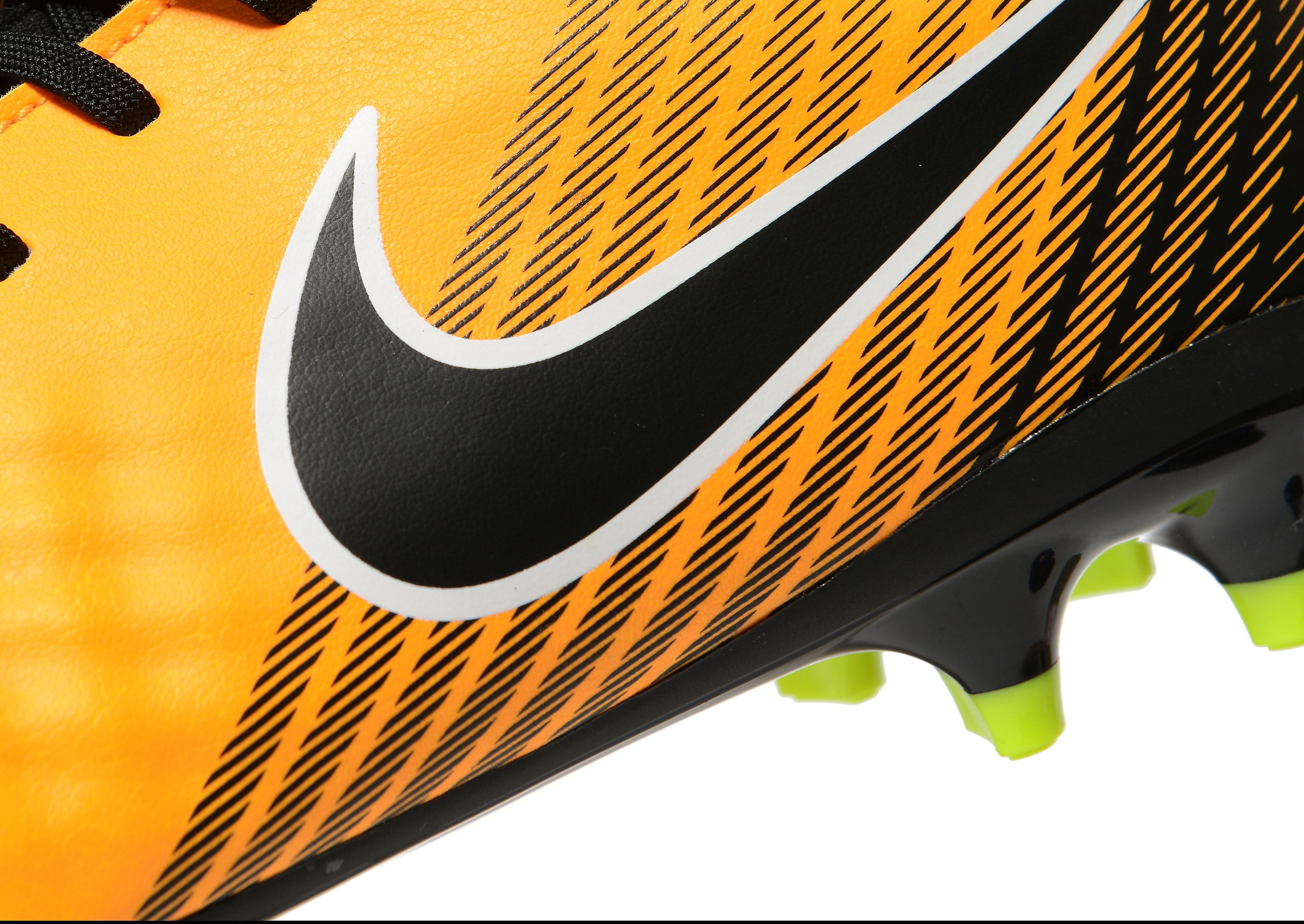 Nike Lock In Let Loose Magista Onda II DF FG