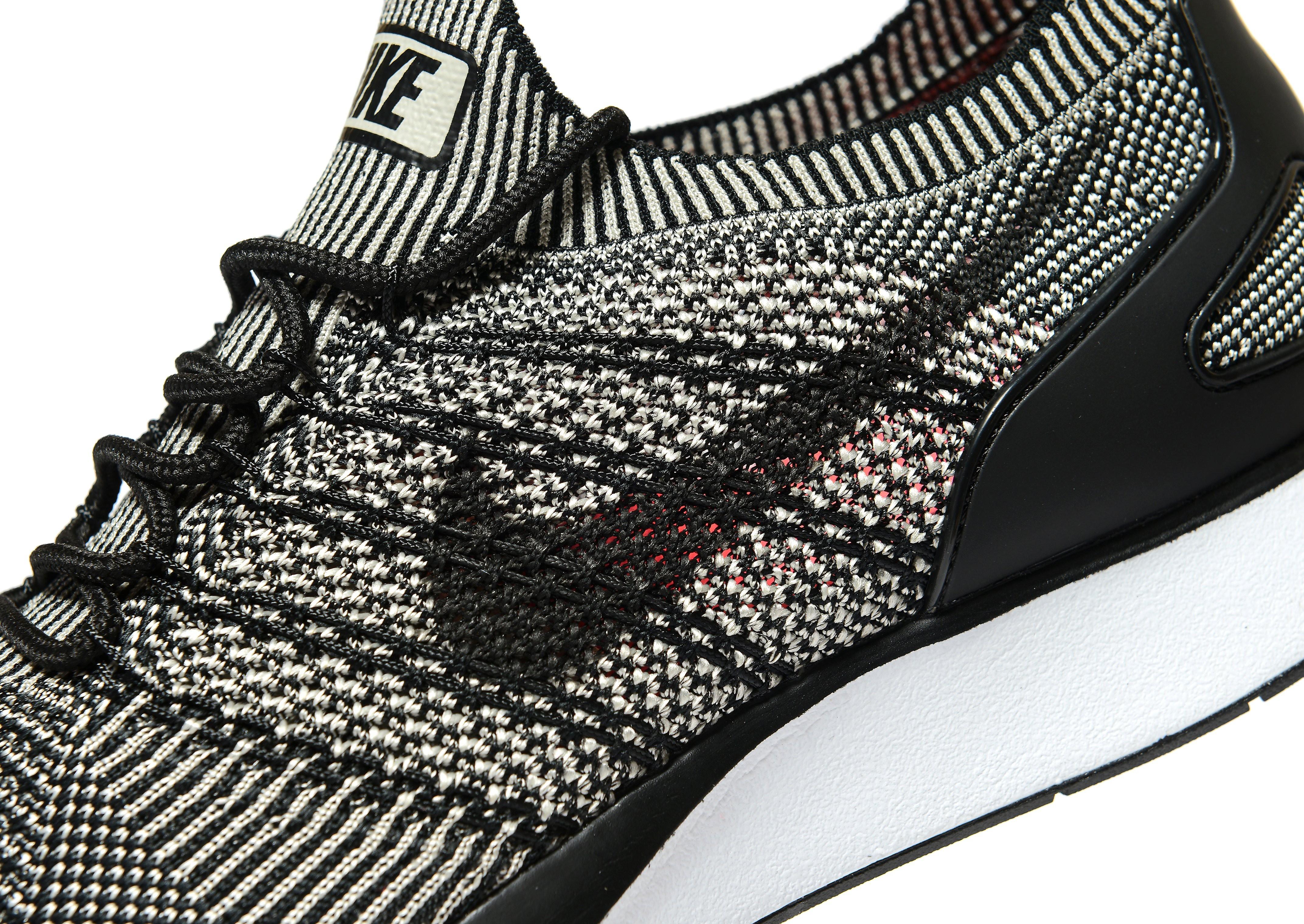 Nike Zoom Mariah Flyknit