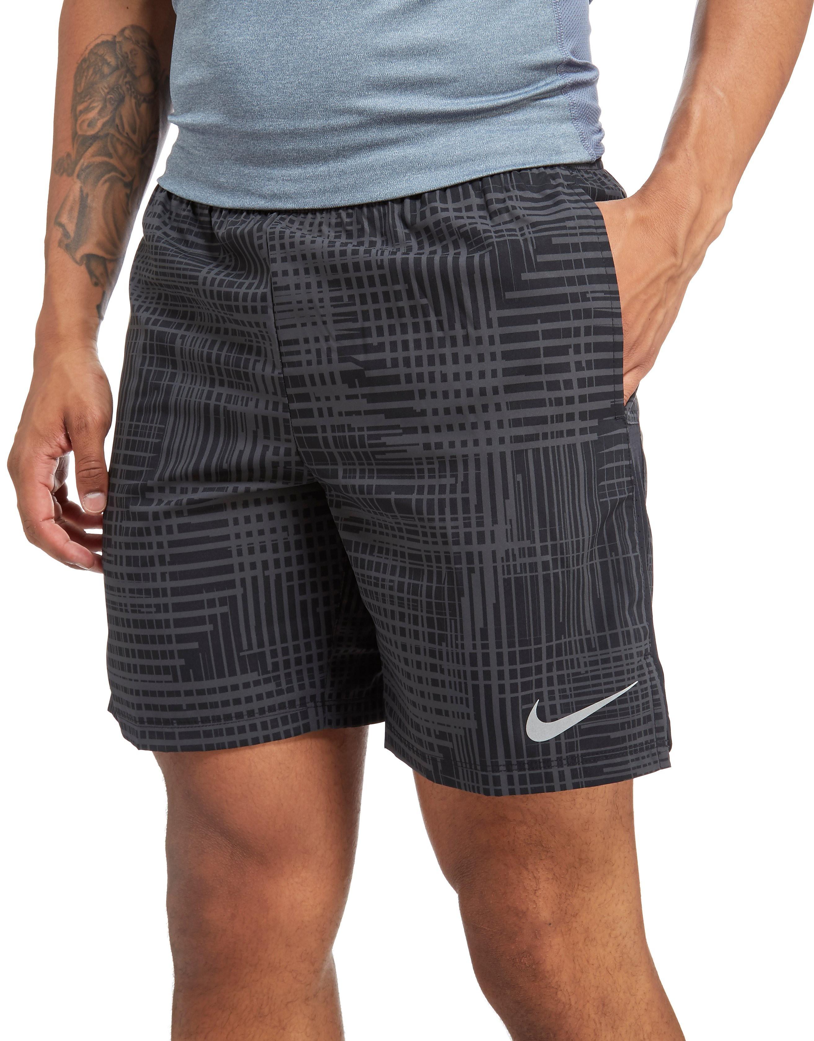 Nike Challenger 7 Performance Shorts