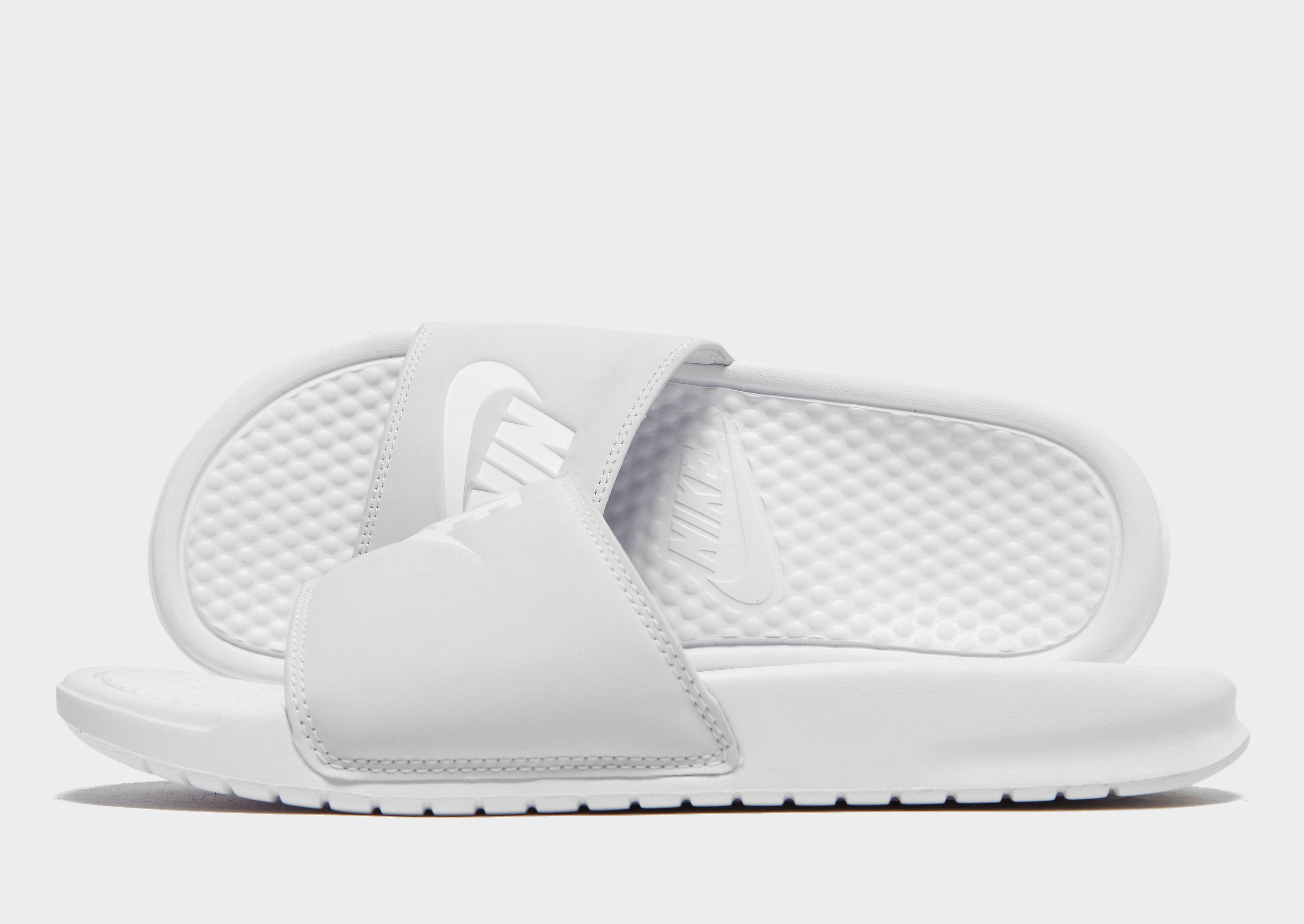 Nike Claquettes Benassi Femme