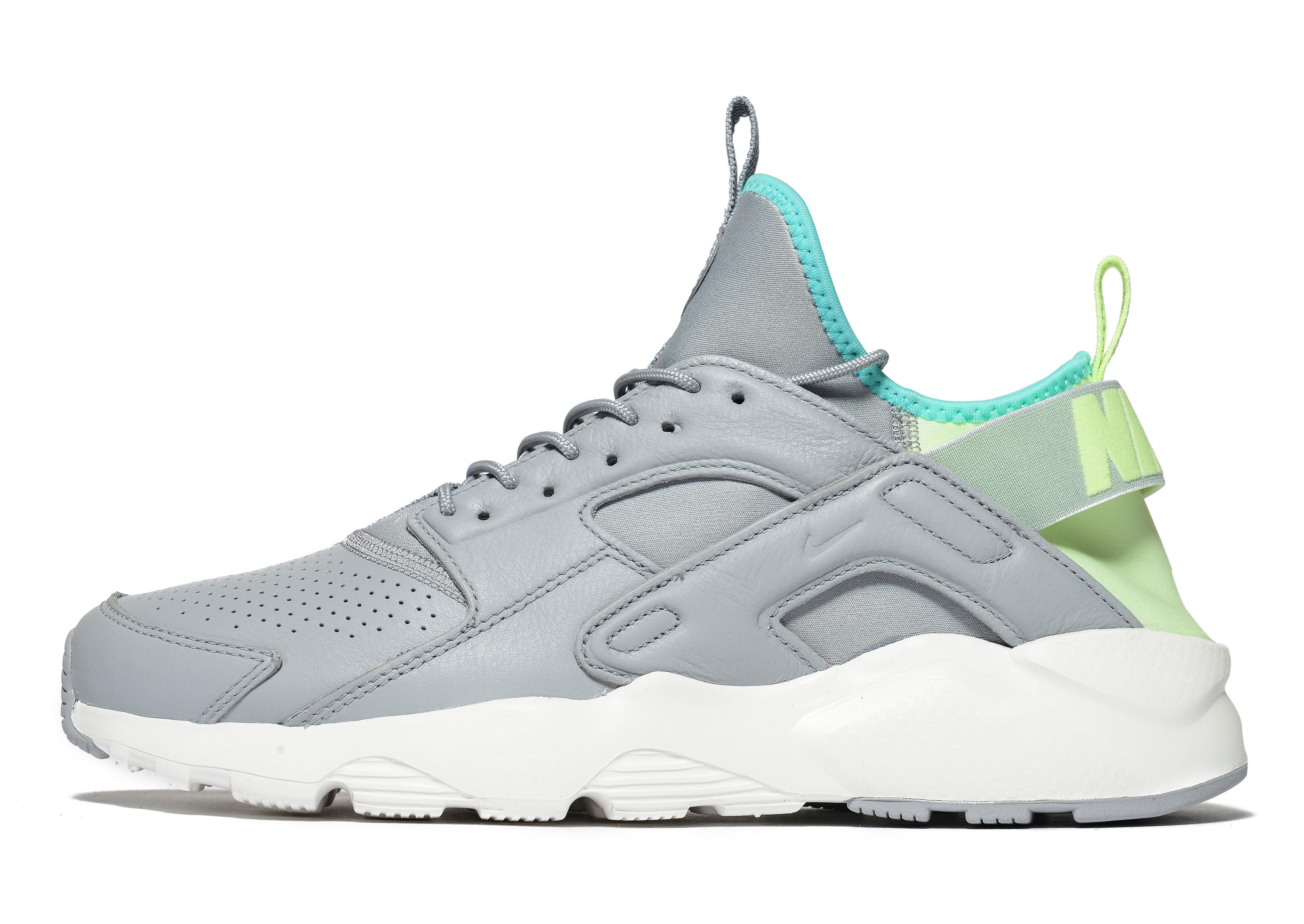 Nike Hurache Ultra
