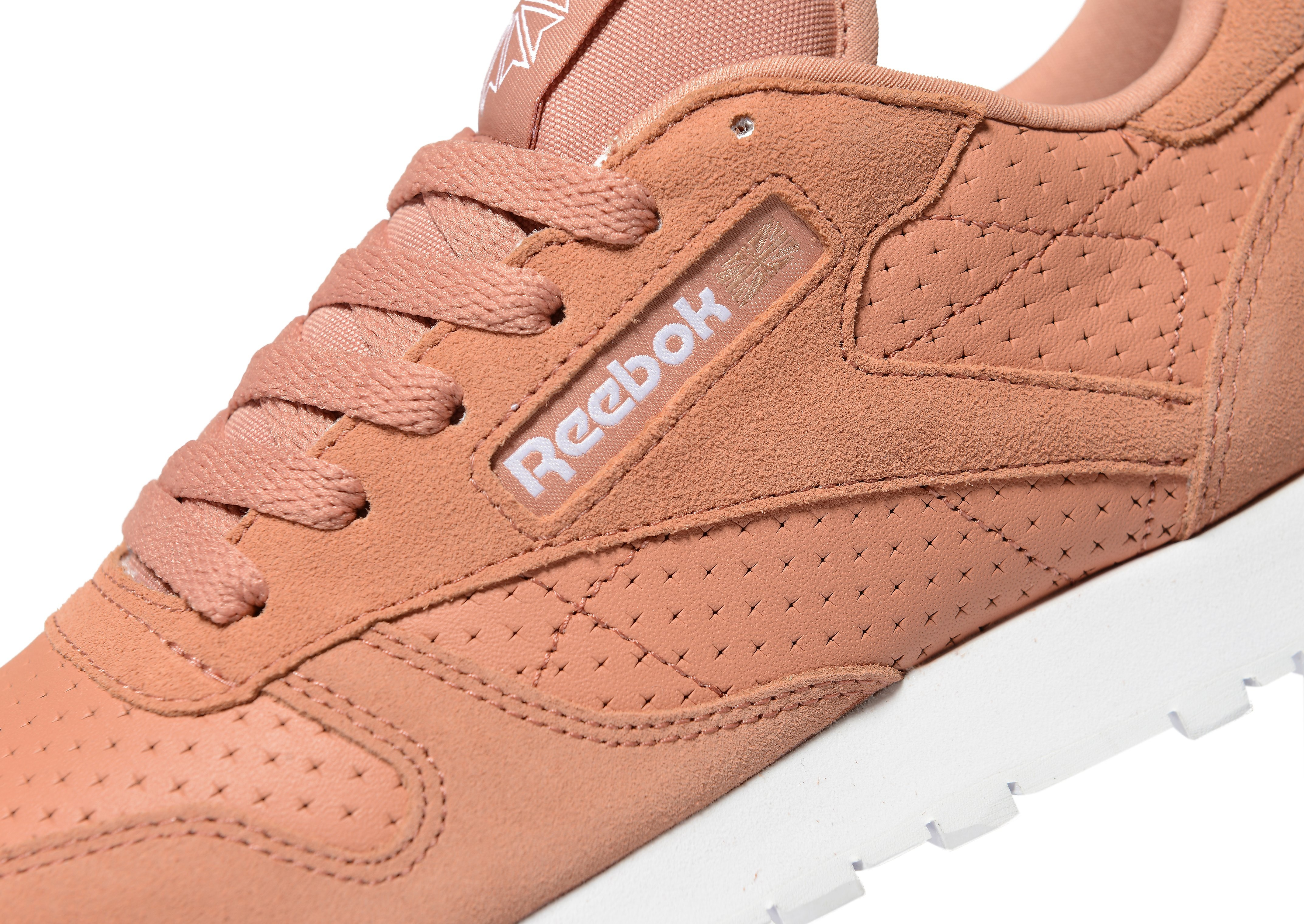Reebok Classic Leather Perforated para mujer