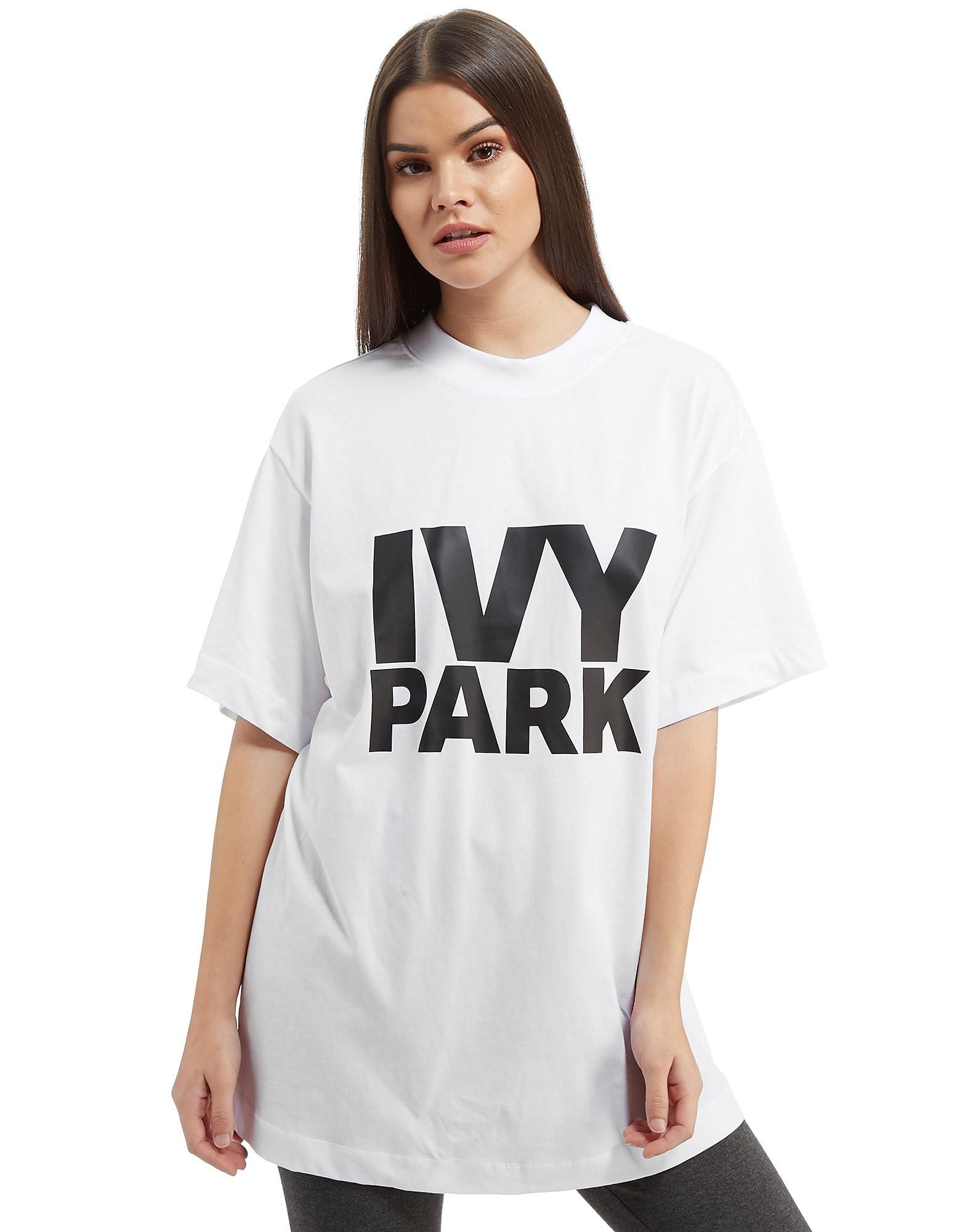 IVY PARK Logo Boyfriend T-Shirt
