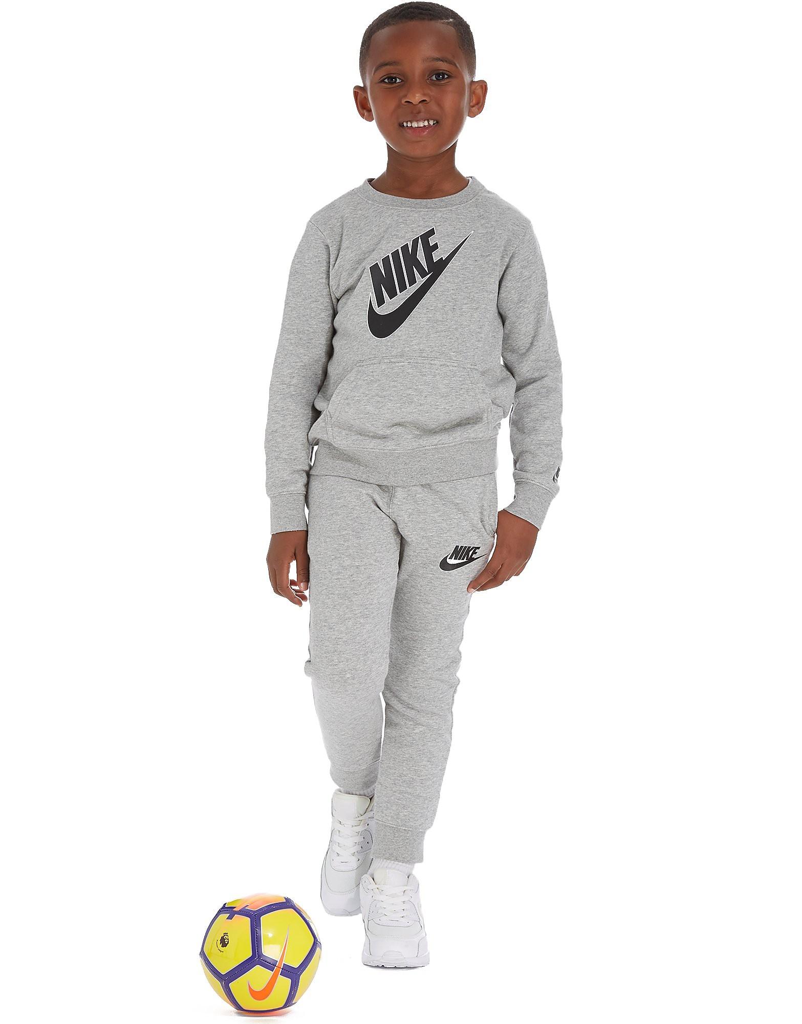 Nike Futura Rundhalsausschnitt Trainingsanzug