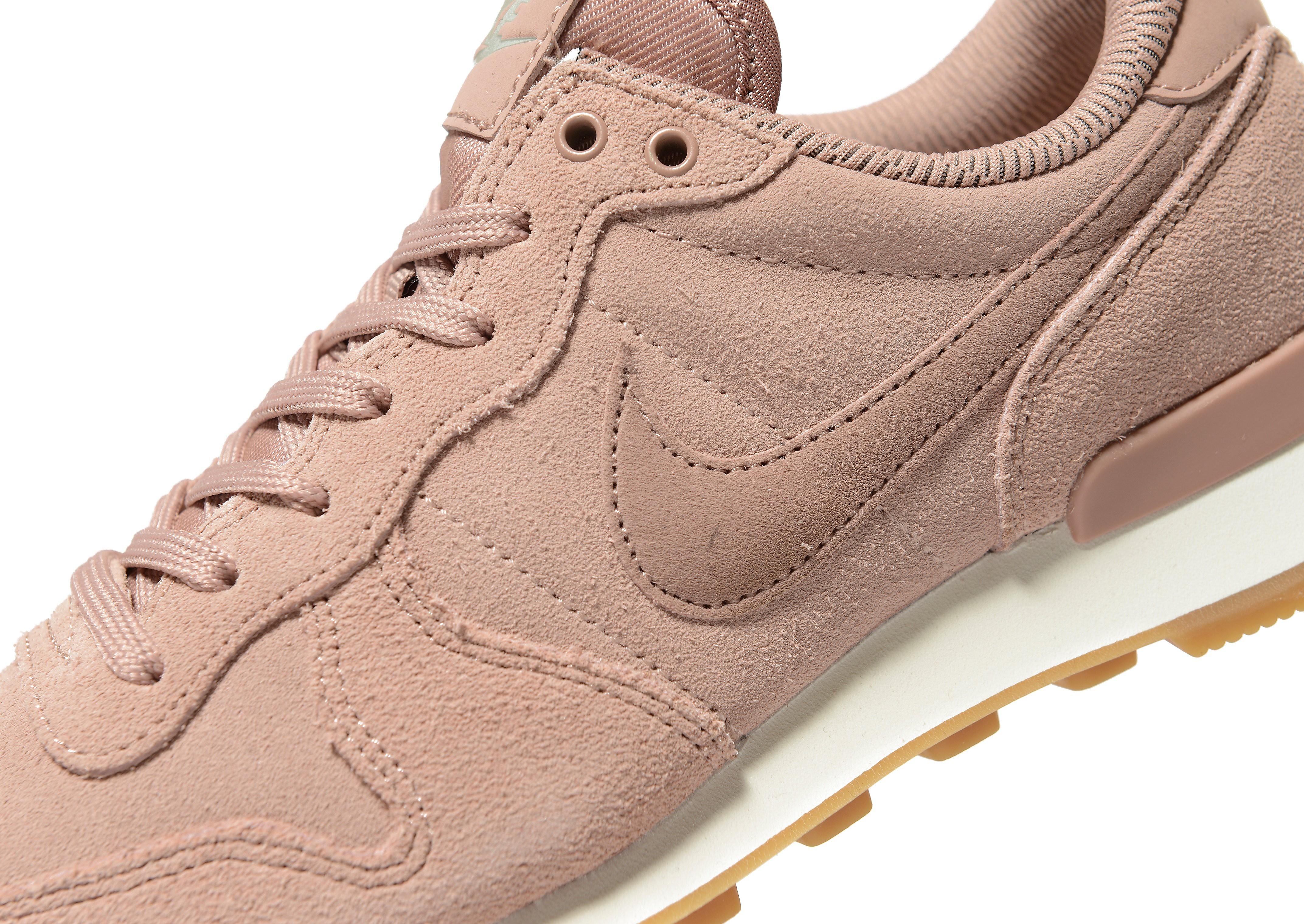 Nike Internationalist SE Damen