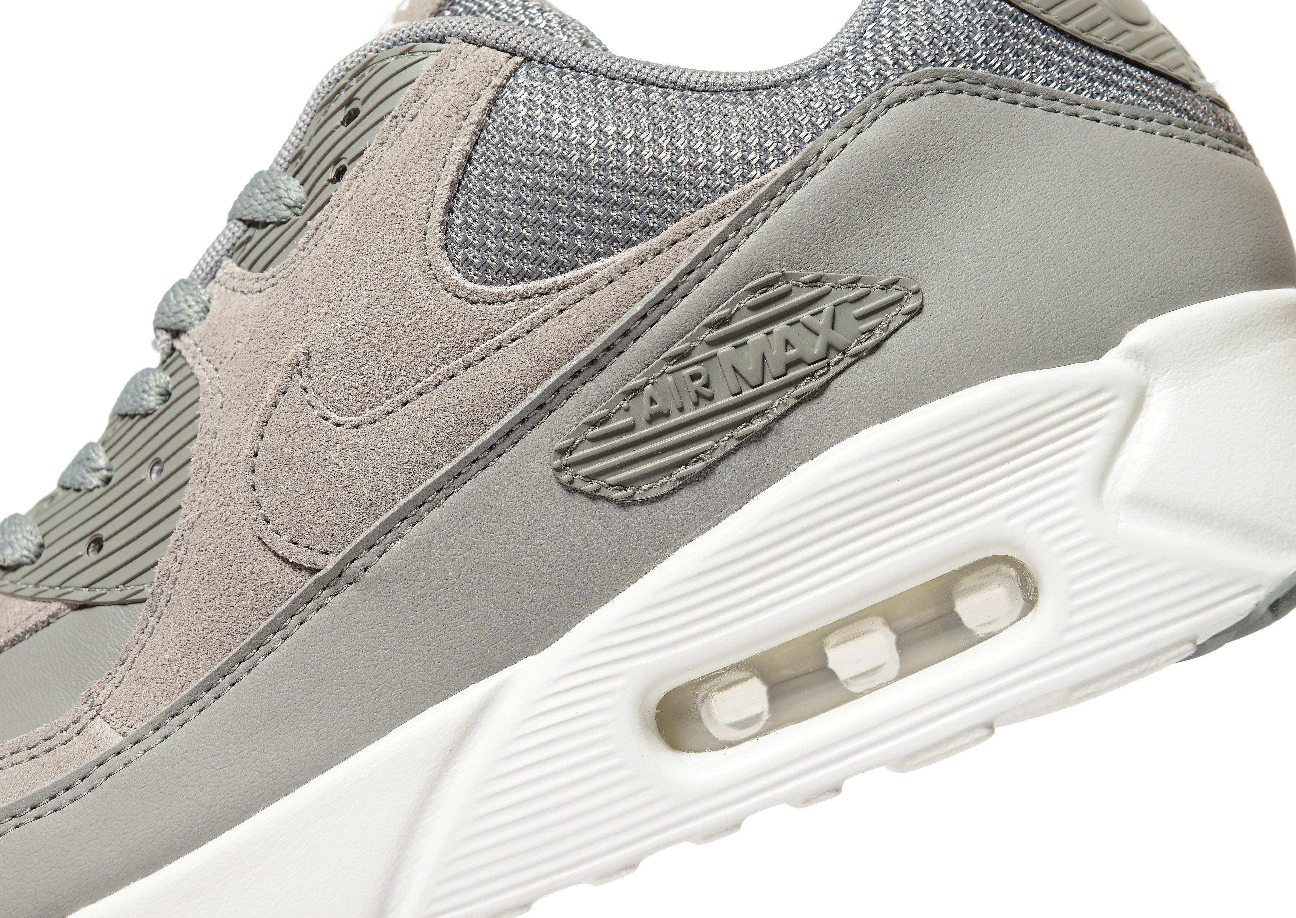 Nike Air Max 90 Ultra 2.0