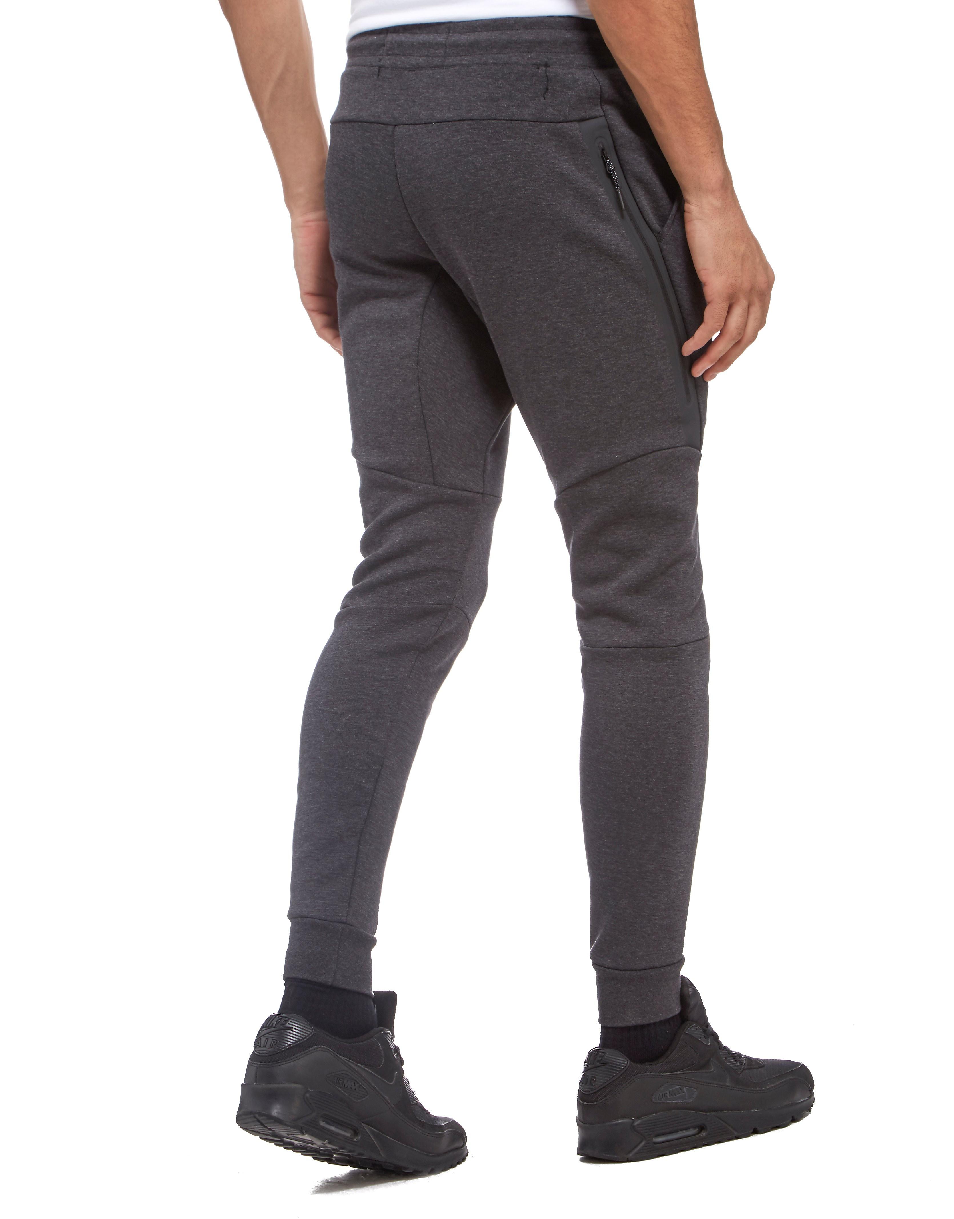 Nike Chelsea FC 2017 Tech Fleece Pants