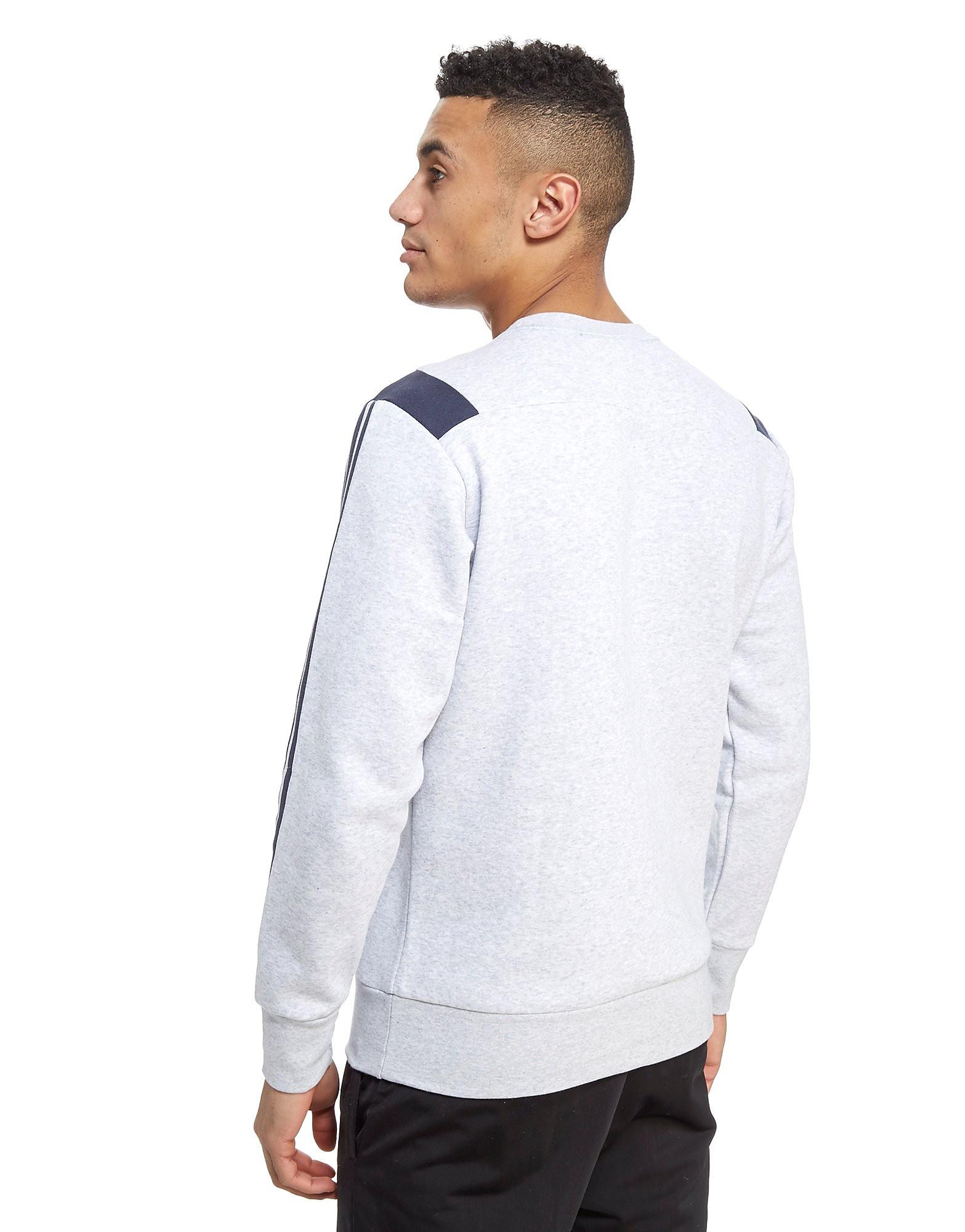 adidas 3-Streifen Essentials Rundhalsausschnitt Sweatshirt