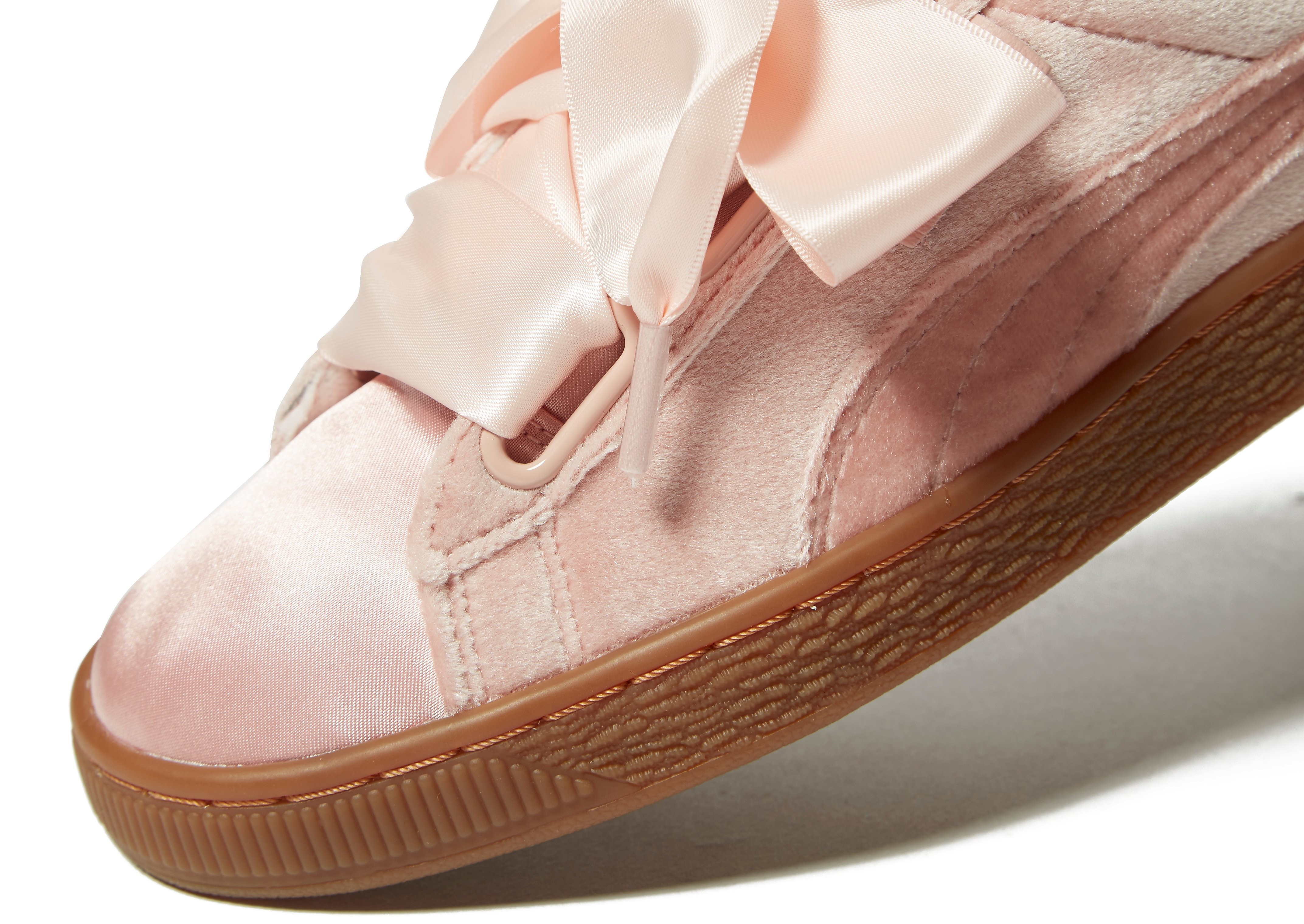 PUMA Basket Heart Velvet Women's
