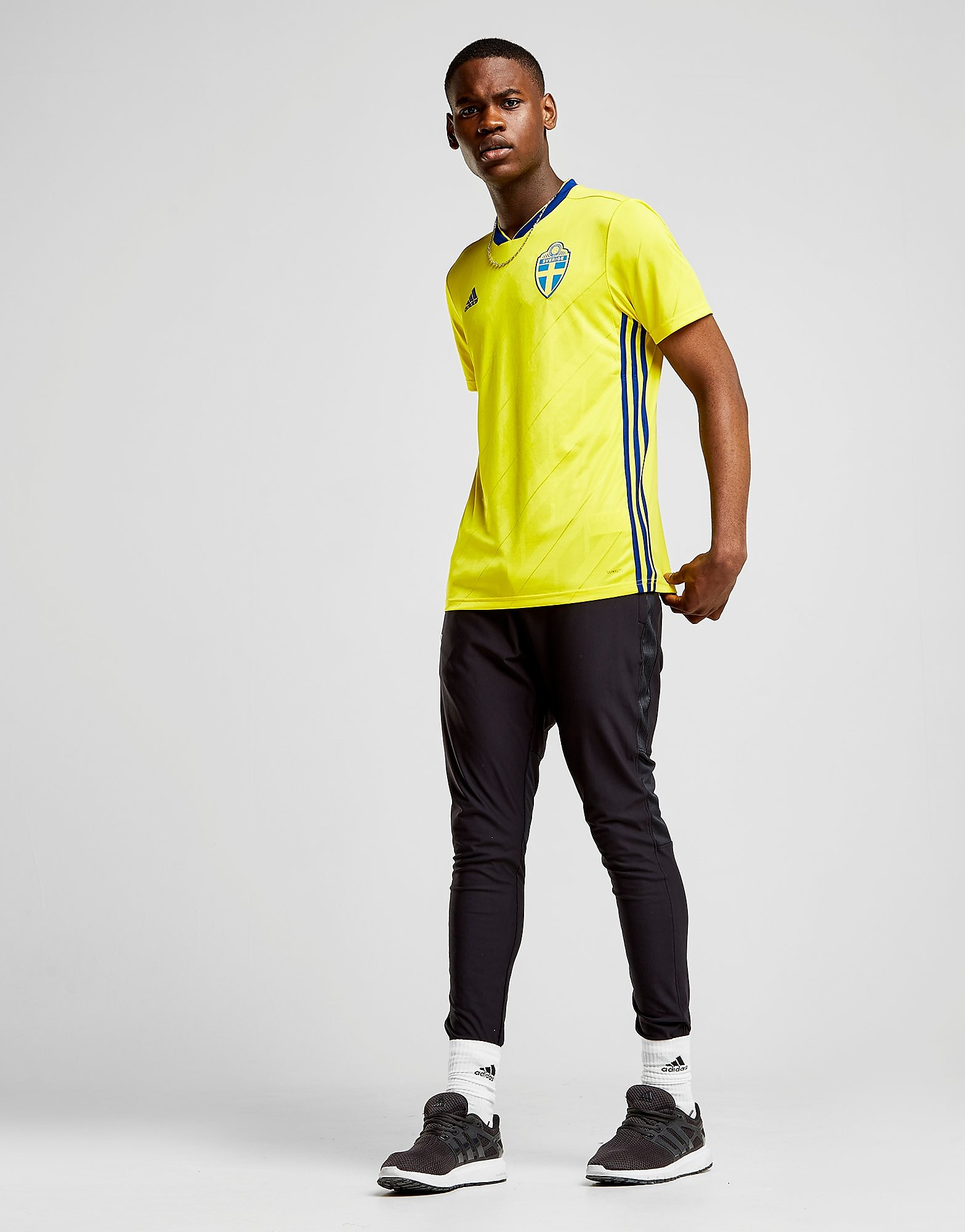 adidas Sweden 2017/18 Home Shirt