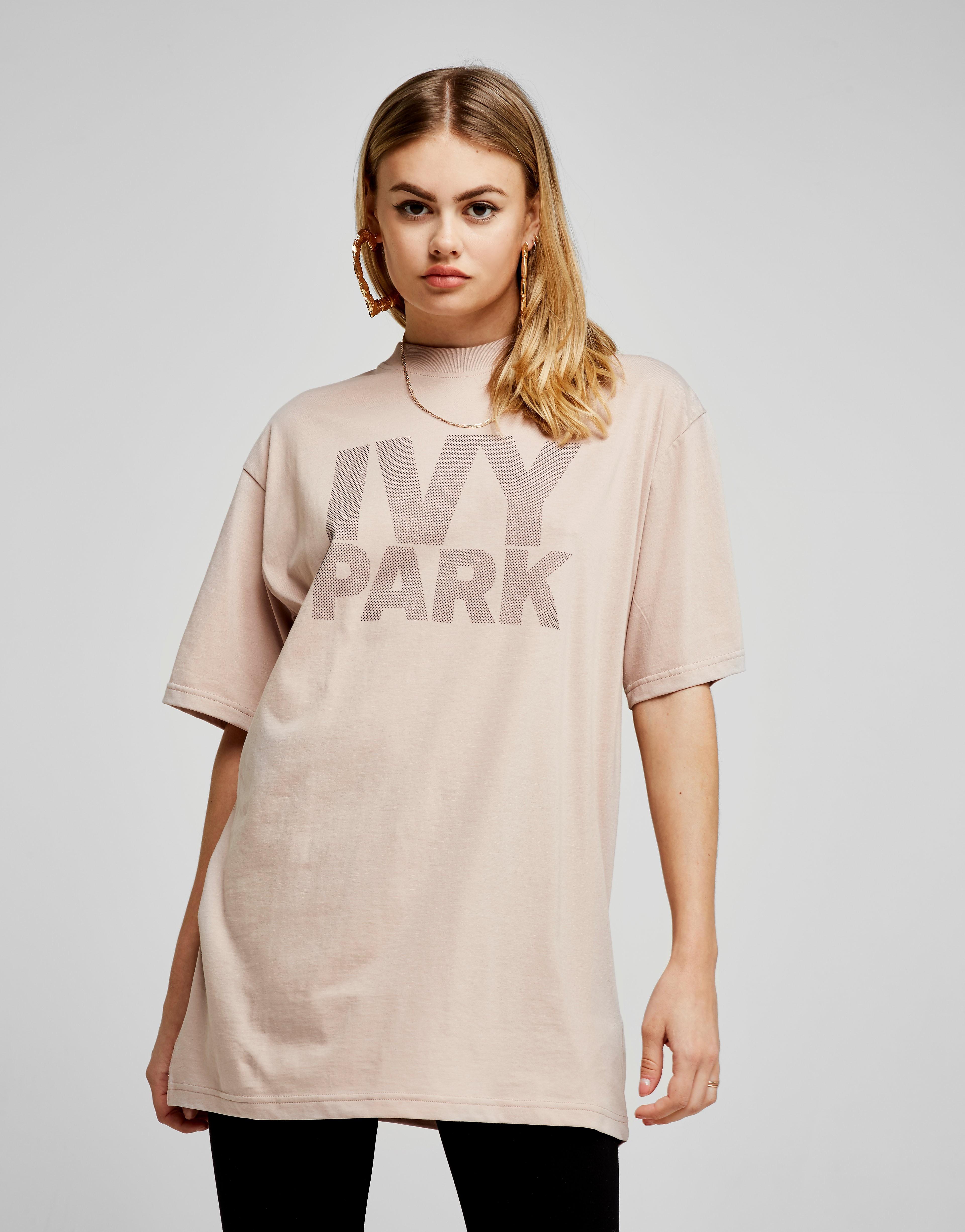 IVY PARK Dotted Logo Boyfriend T-Shirt