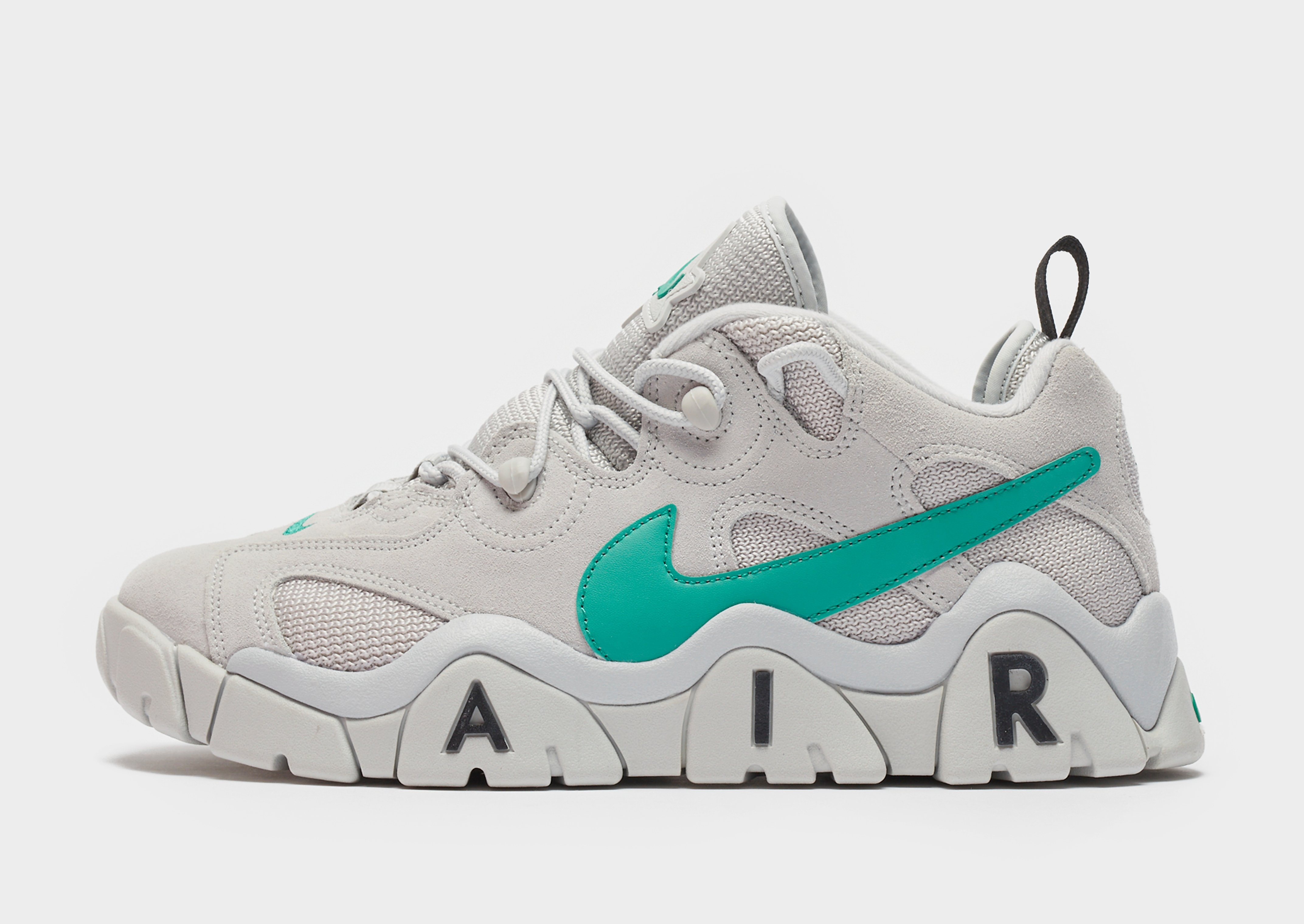 Nike Air Barrage Low Sneaker