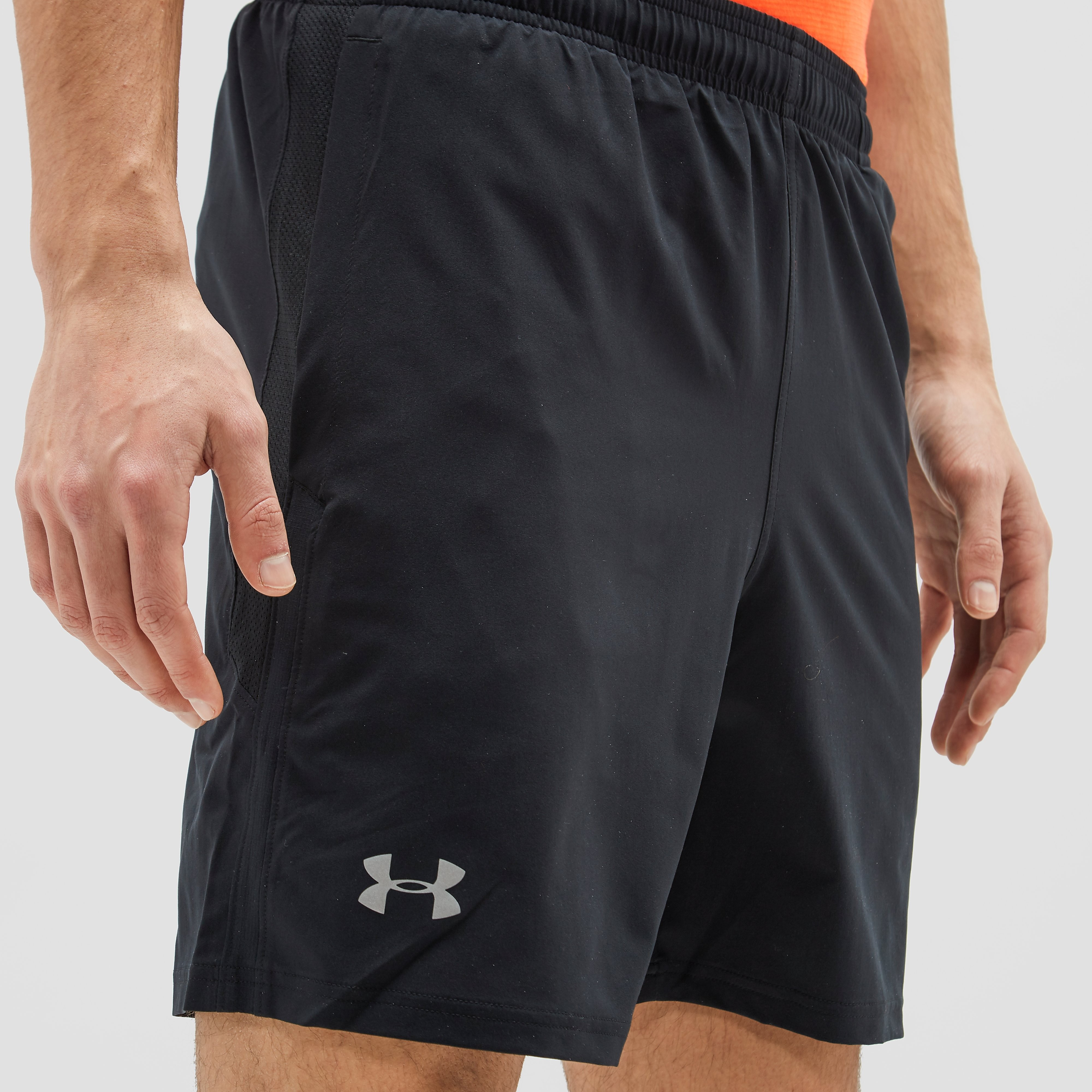 UNDER ARMOUR LAUNCH 7-INCH HARDLOOPSHORT ZWART HEREN