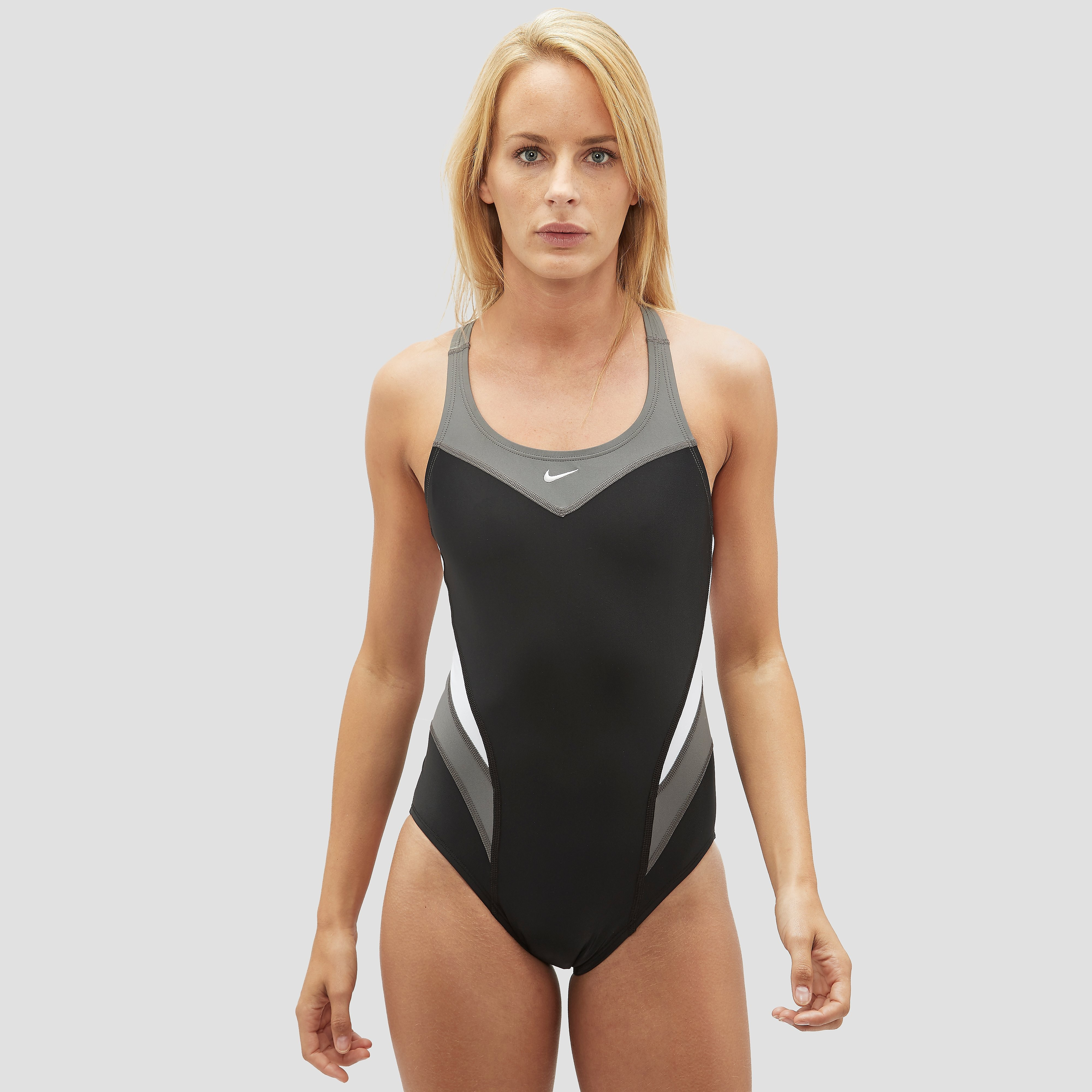 NIKE POWER BACK ONE PIECE BADPAK ROOD DAMES