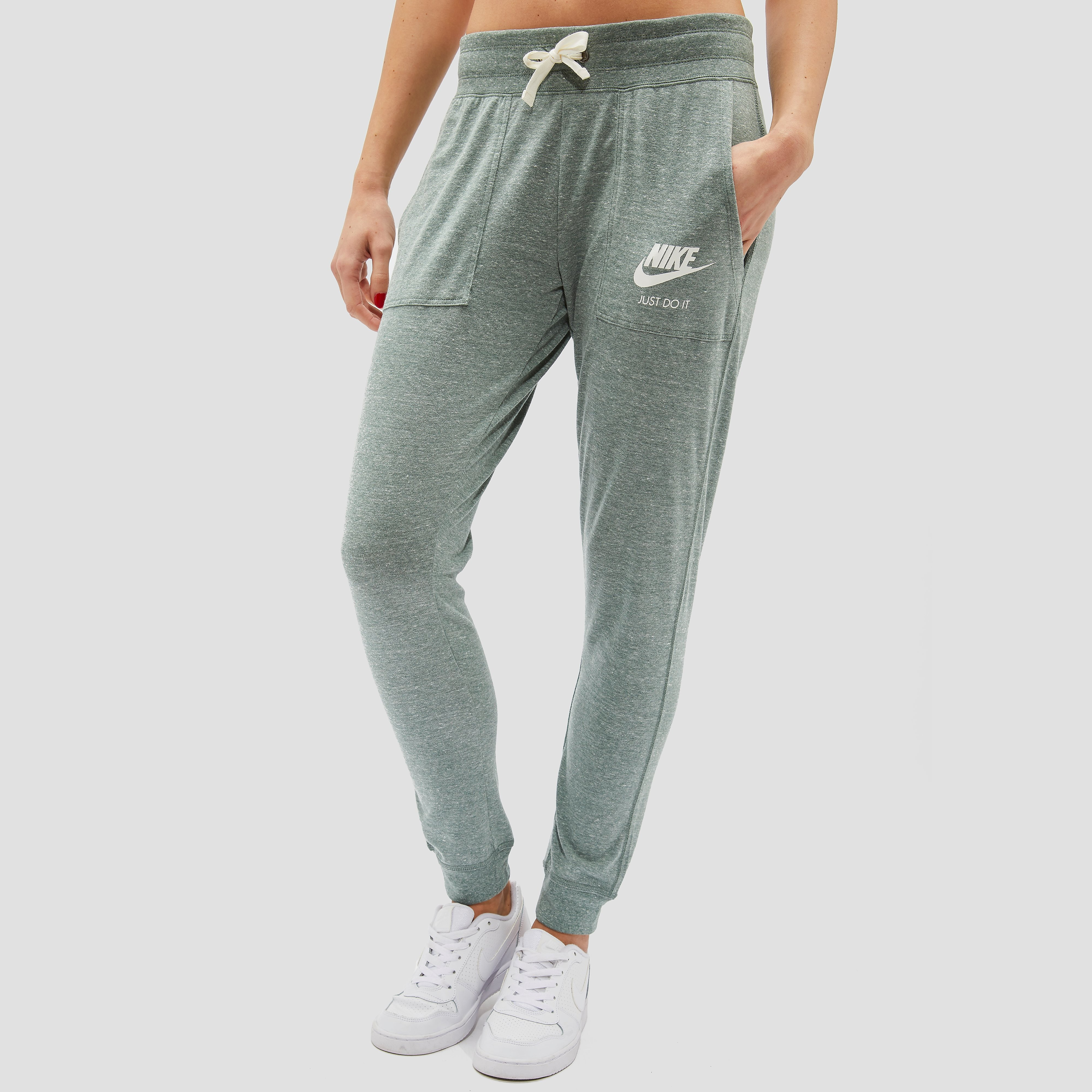 NIKE GYM VINTAGE JOGGINGBROEK GROEN DAMES