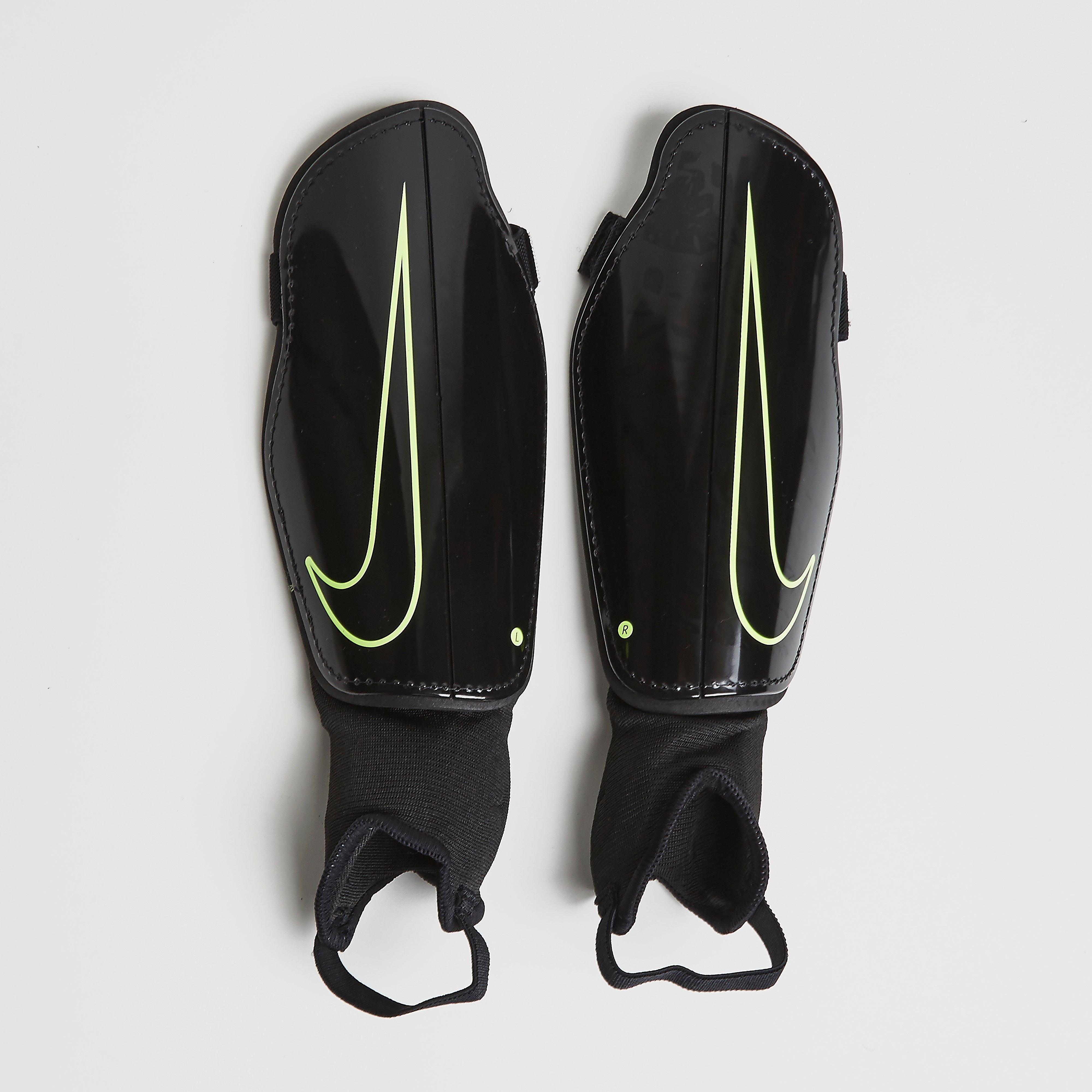 Nike CHARGE 2.0