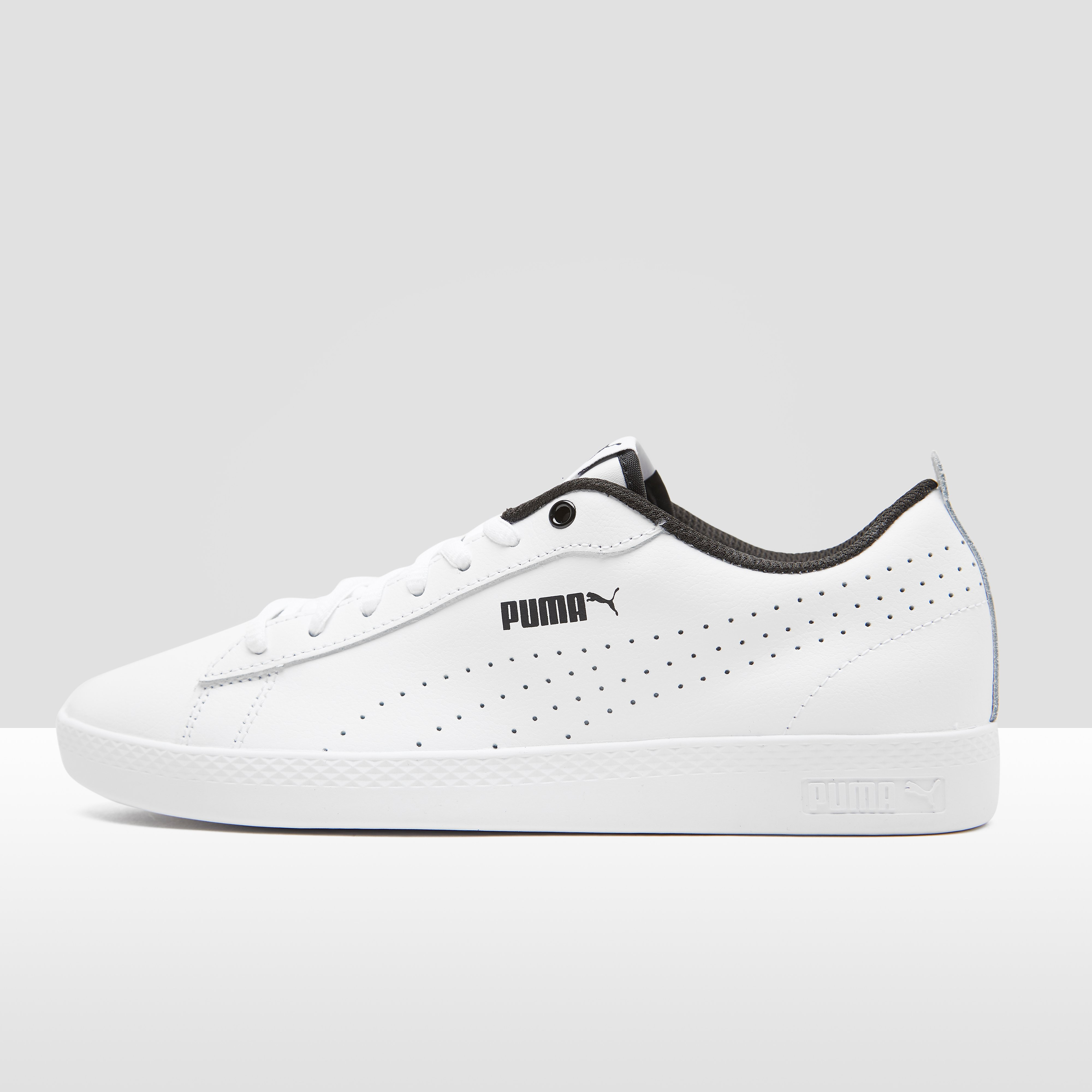 PUMA SMASH V2 PERFORATED SNEAKERS WIT DAMES