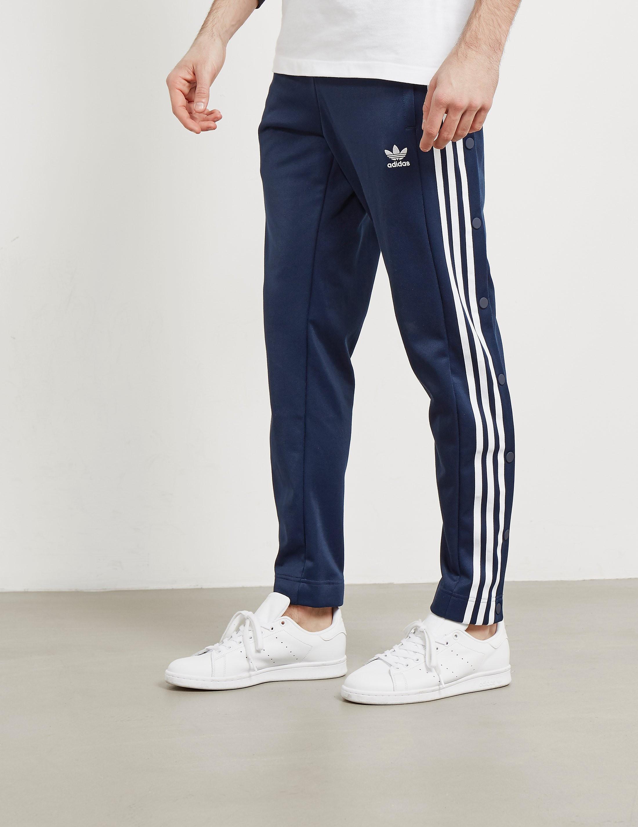 brand new 8deb7 82a8a Mens adidas Originals Adibreak Snap Track Pants Navy blue, Navy blue