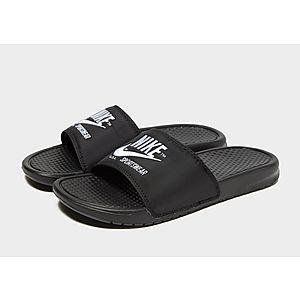 af2c8eec440af5 Nike Sportswear Benassi Text Slides Nike Sportswear Benassi Text Slides