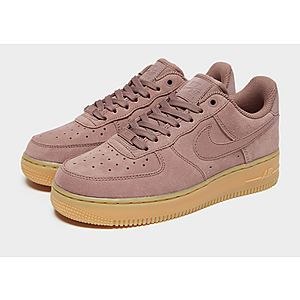 the latest 76e47 da48c ... Nike Air Force 1 07 SE Suede Womens