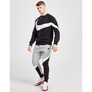 0452a669e4b59c Nike Swoosh Crew Sweatshirt Nike Swoosh Crew Sweatshirt